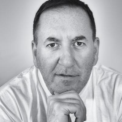 Roger Hampton