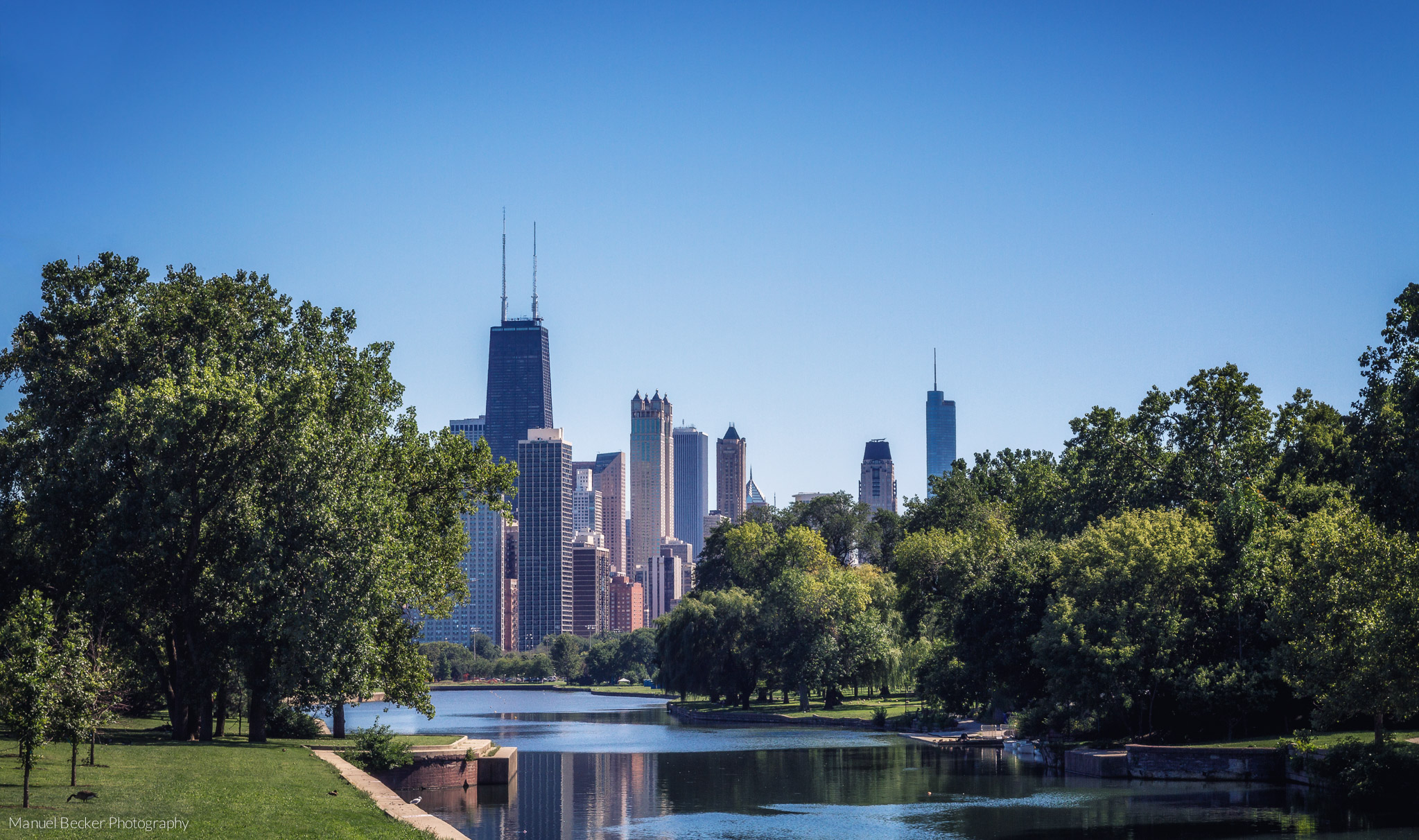 Chicago skyline from Lincoln Park, USA
