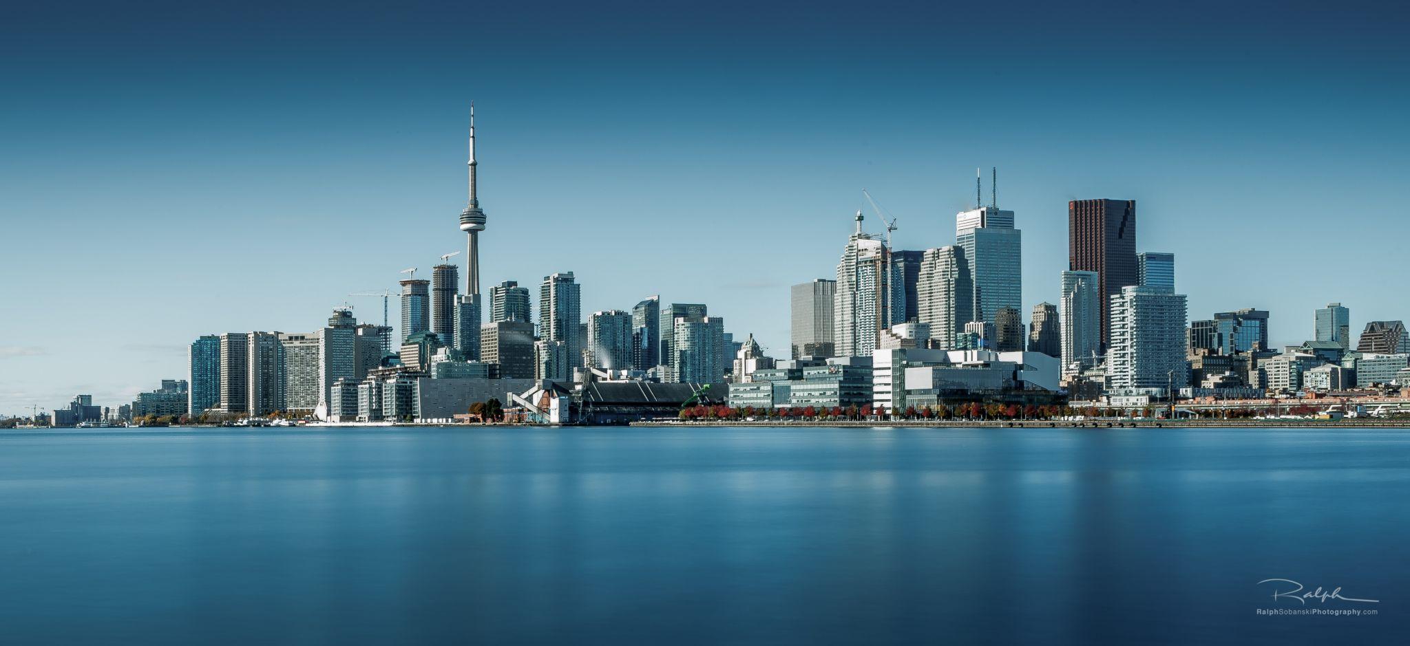 Toronto Polson Pier, Canada