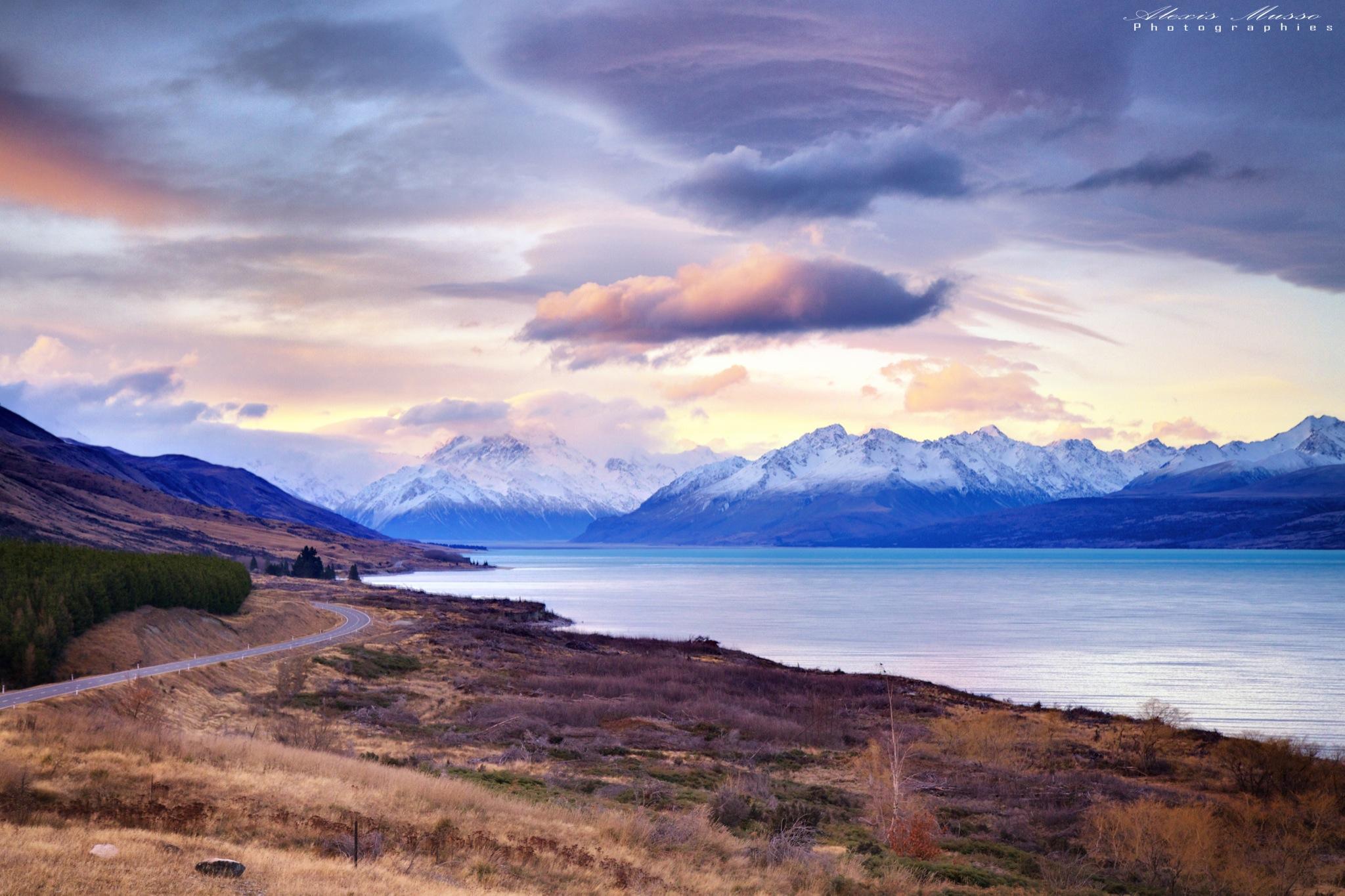 Lake Pukaki - Mt Cook Road, New Zealand