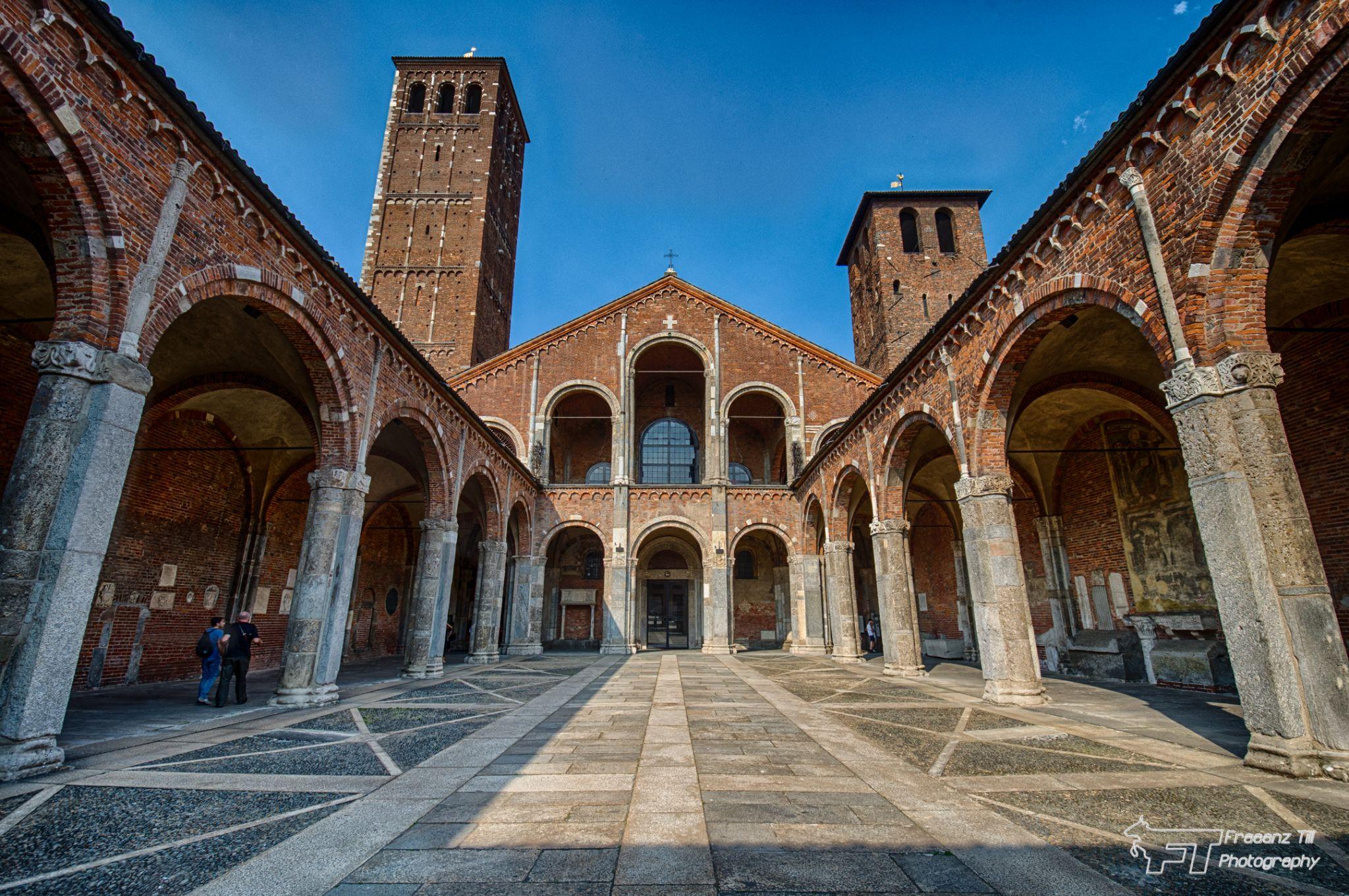 Basilica di Sant'Ambrogio, Italy
