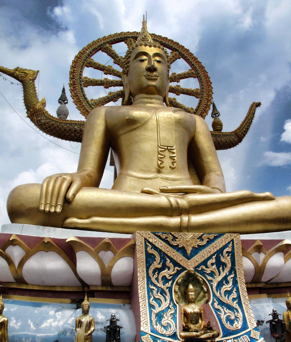 Big Buddha Temple (Wat Phra Yai), Thailand