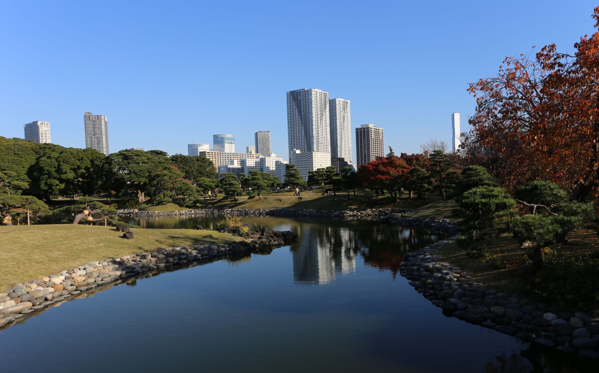 Hamarikyu Gardens, Tokyo, Japan