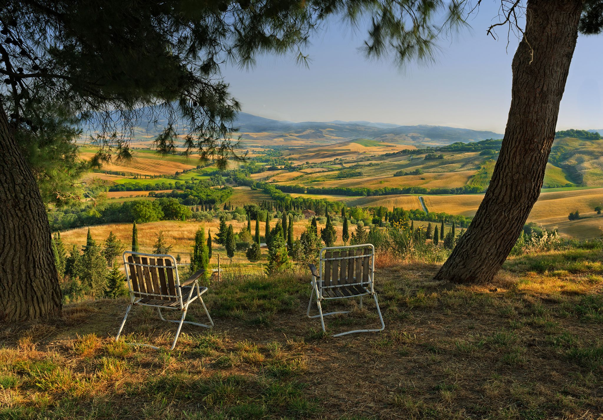 - view -, Italy