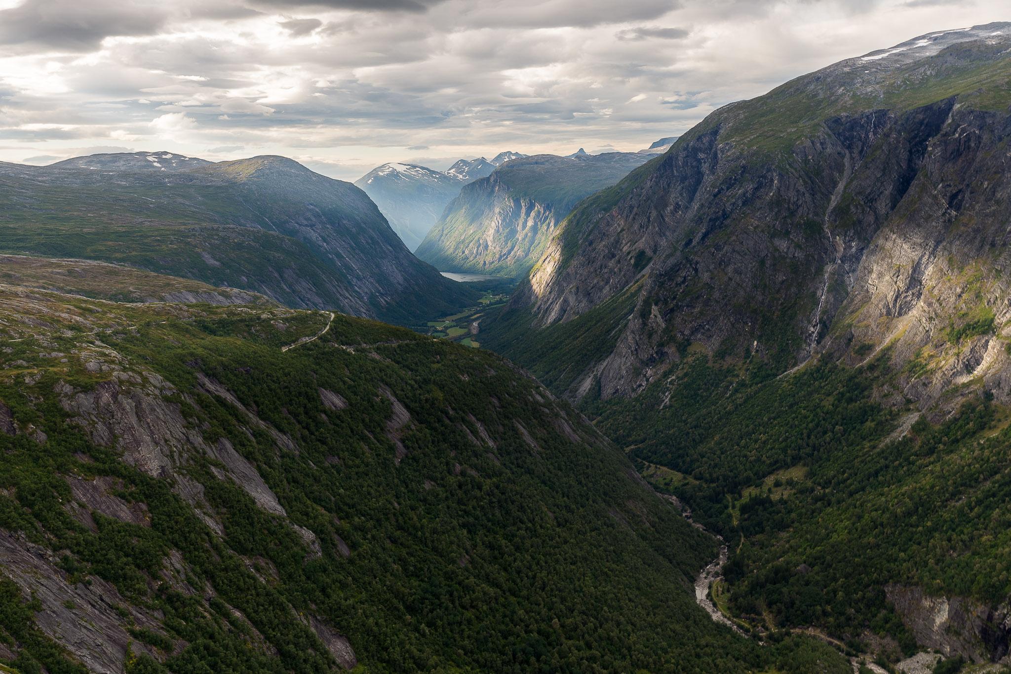 Aursjøvegen Aurstaupet Viewpoint, Norway