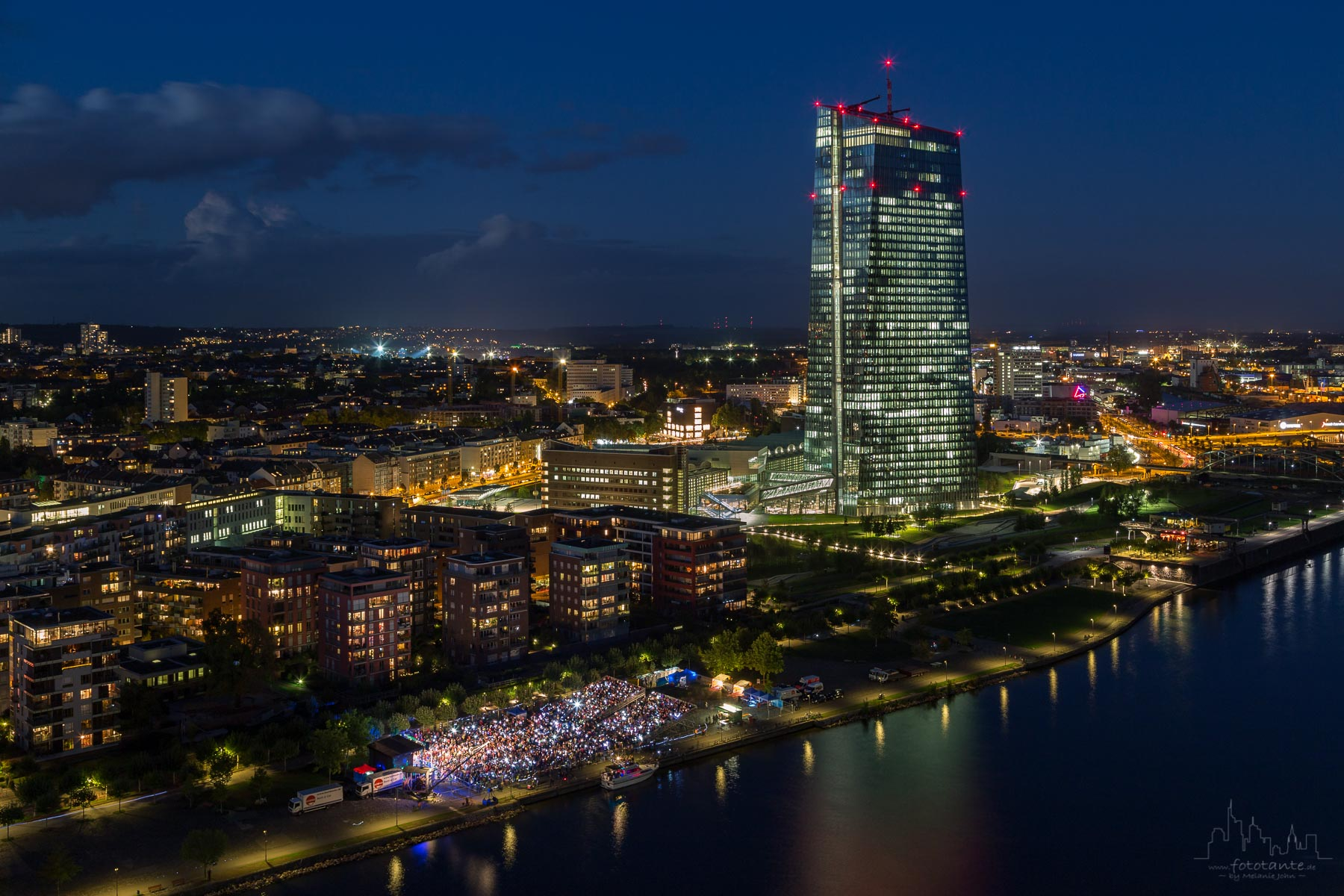 View from Main Plaza (Lindner Hotel) to EZB, Germany