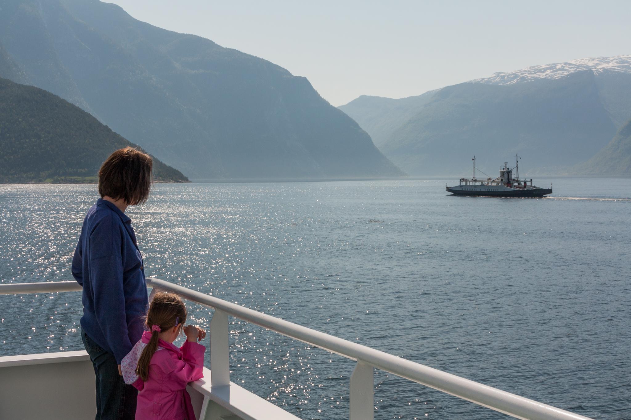 Ferries Fodnes-Mannheller, Sognefjord, Norway