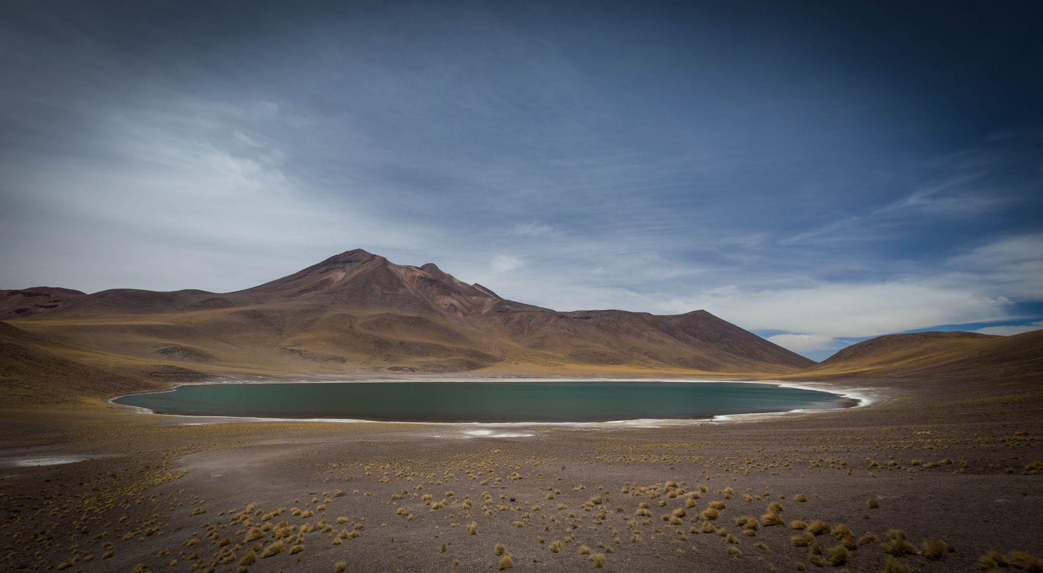Laguna Miniques Overview, Lagunas Miñiques, Chile