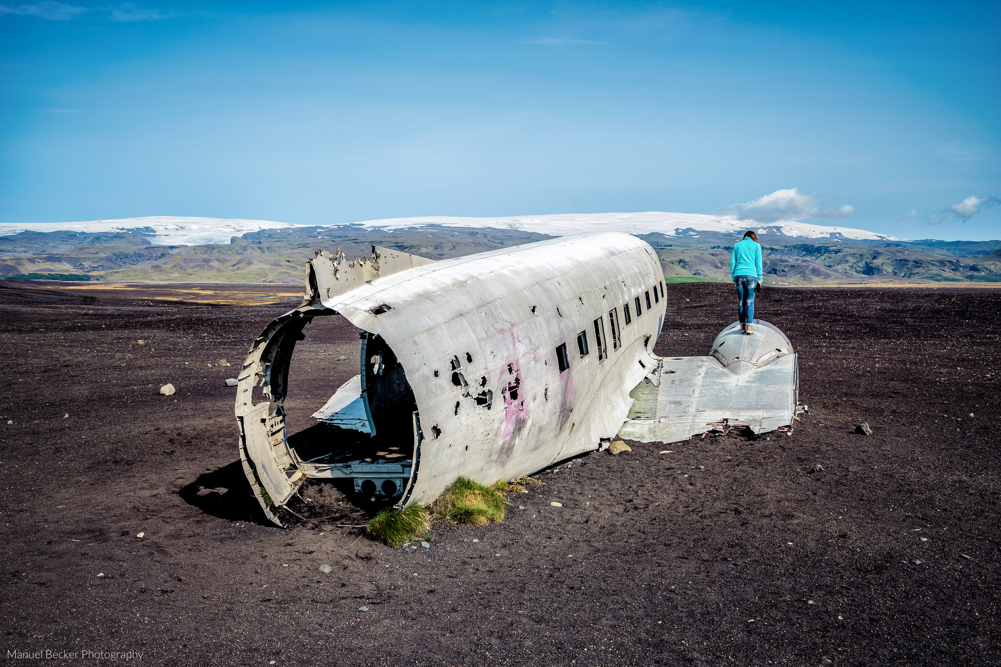 Road to DC-3 plane wreck in Iceland got closed