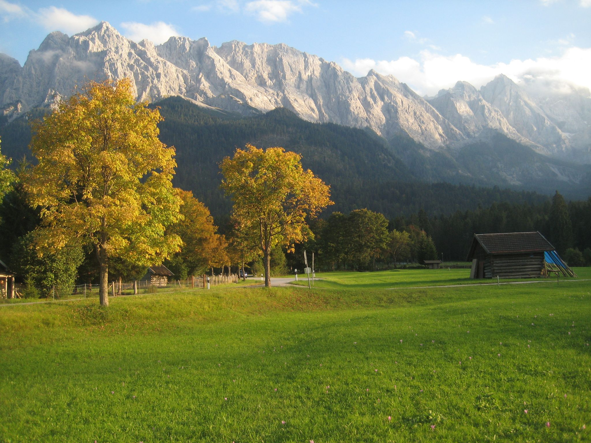 Wetterstein in the afternoon sun, Germany