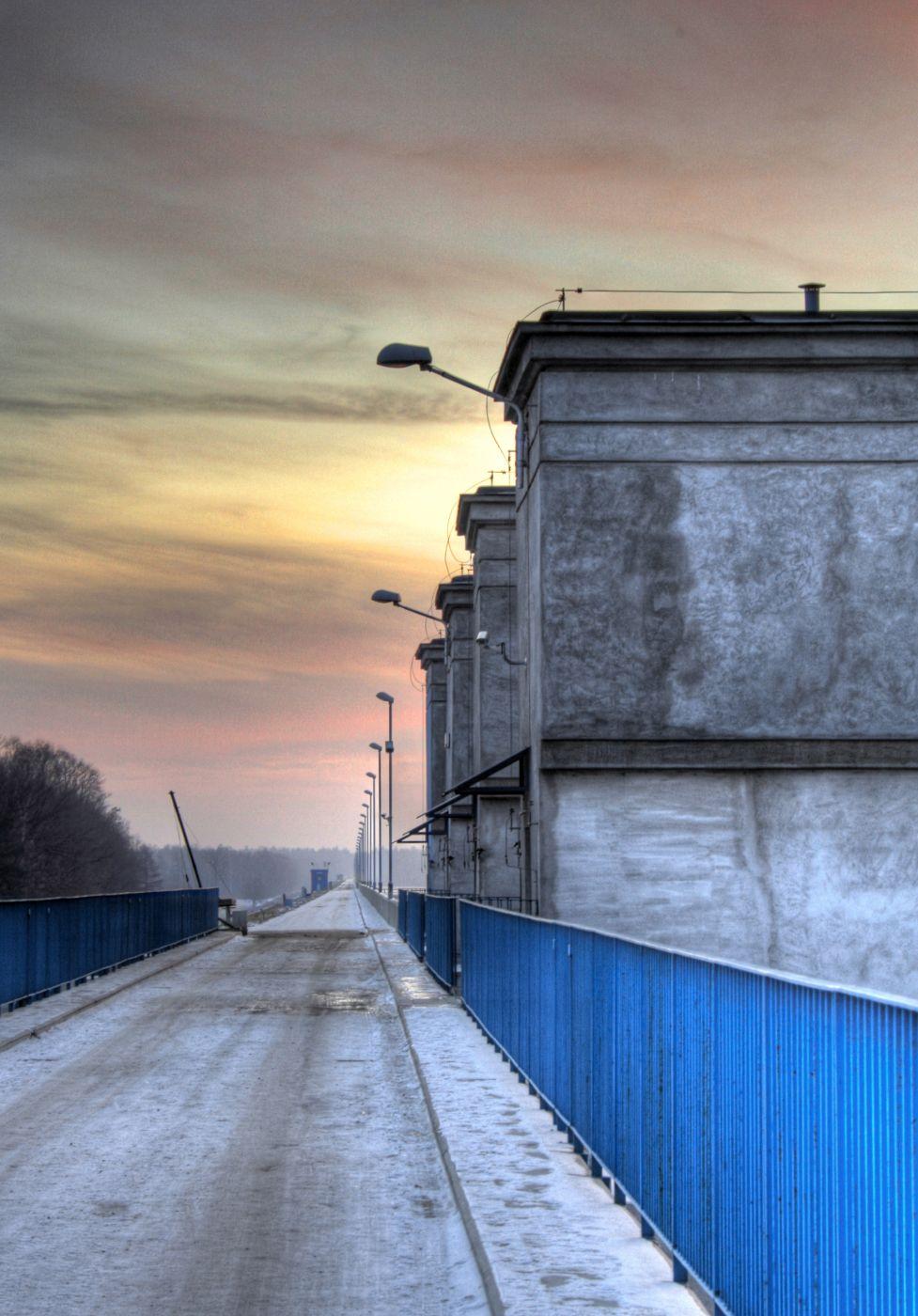 Zapora na Jeziorze Goczałkowickim, Poland