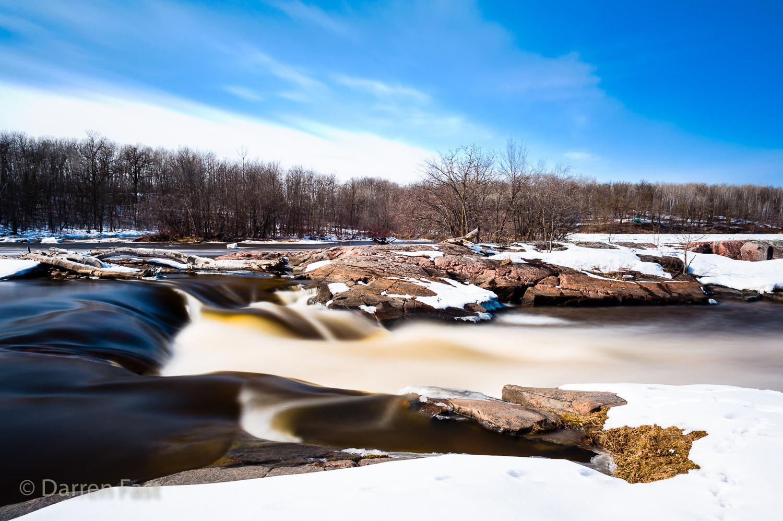 Seven Sisters Falls, Canada