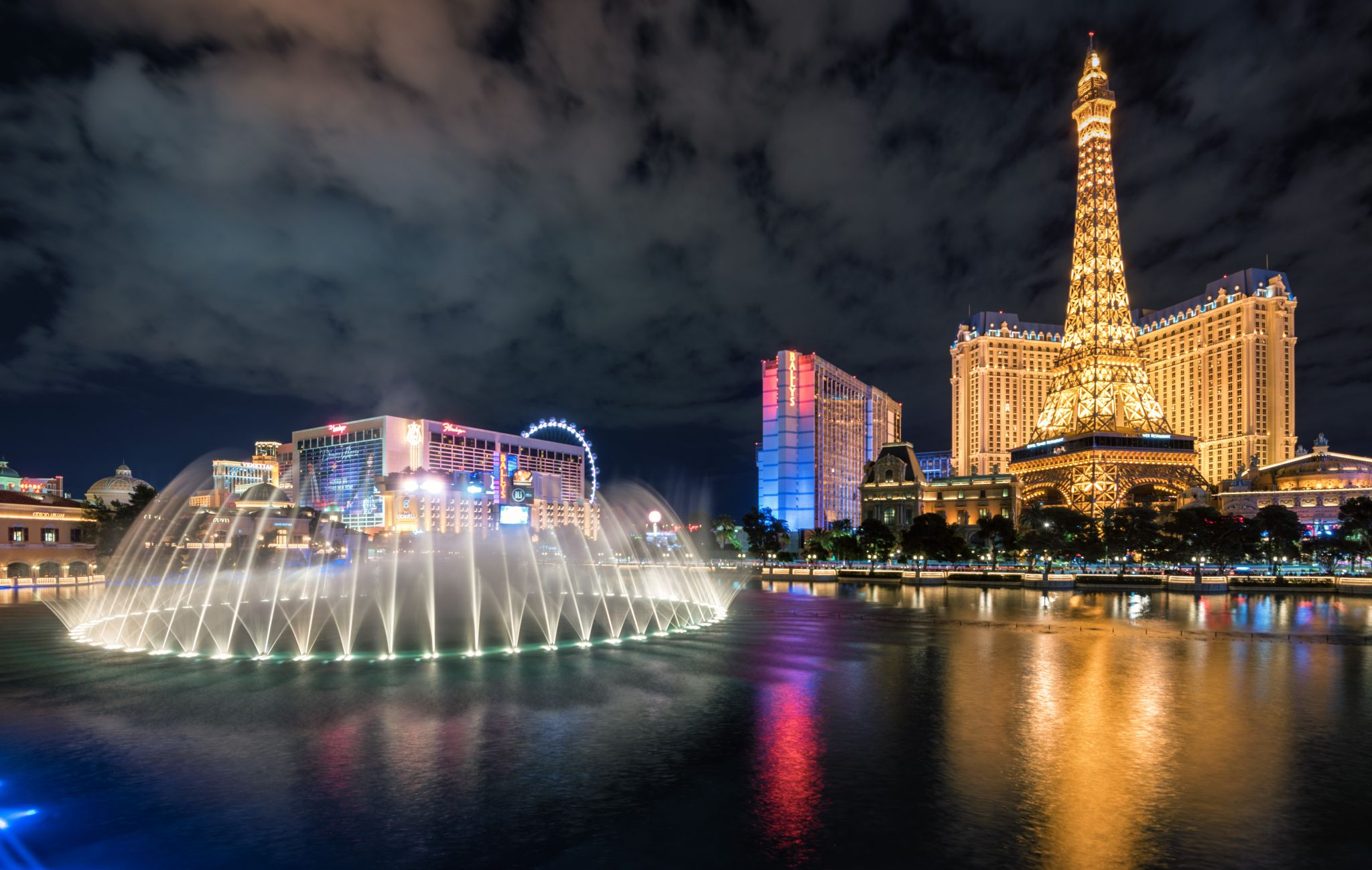 Bellagio Fountain & Paris Las Vegas, USA
