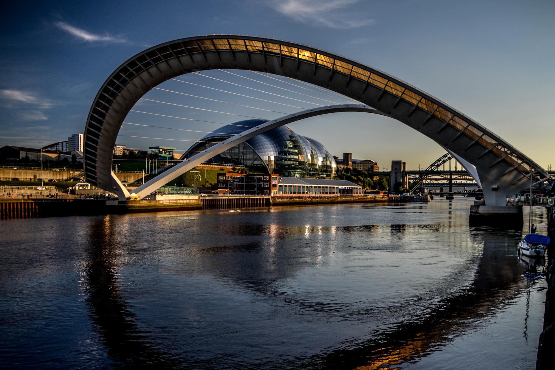 Millennium Bridge (Newcastle–Gateshead), United Kingdom