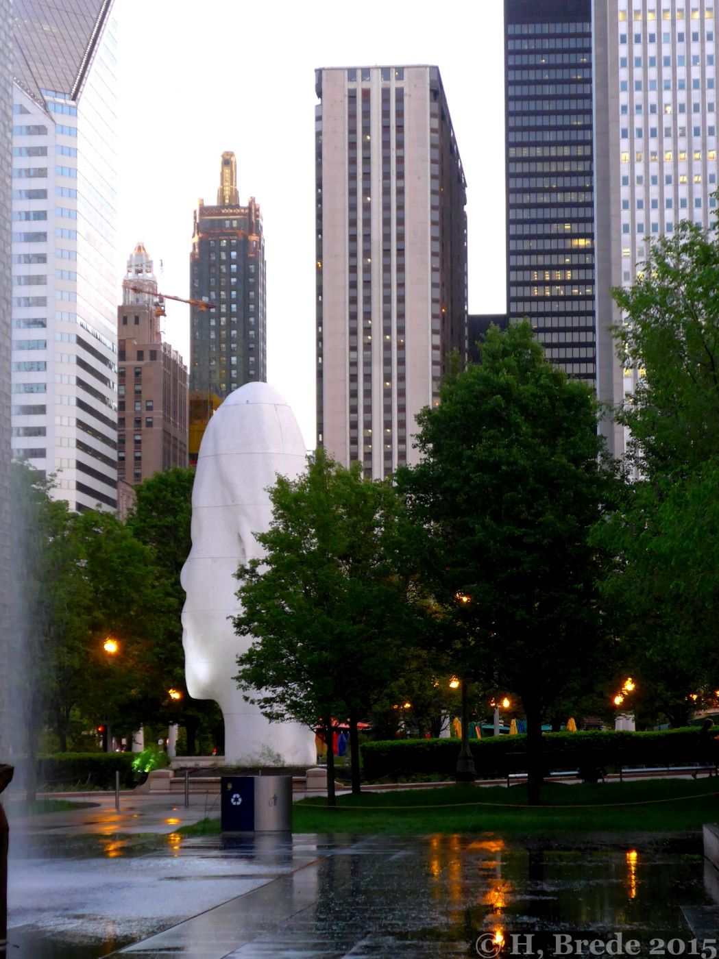 Skulptures in the Millenium Park, USA