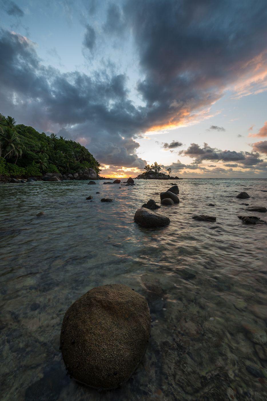 Sunrise @Anse Royal, Seychelles