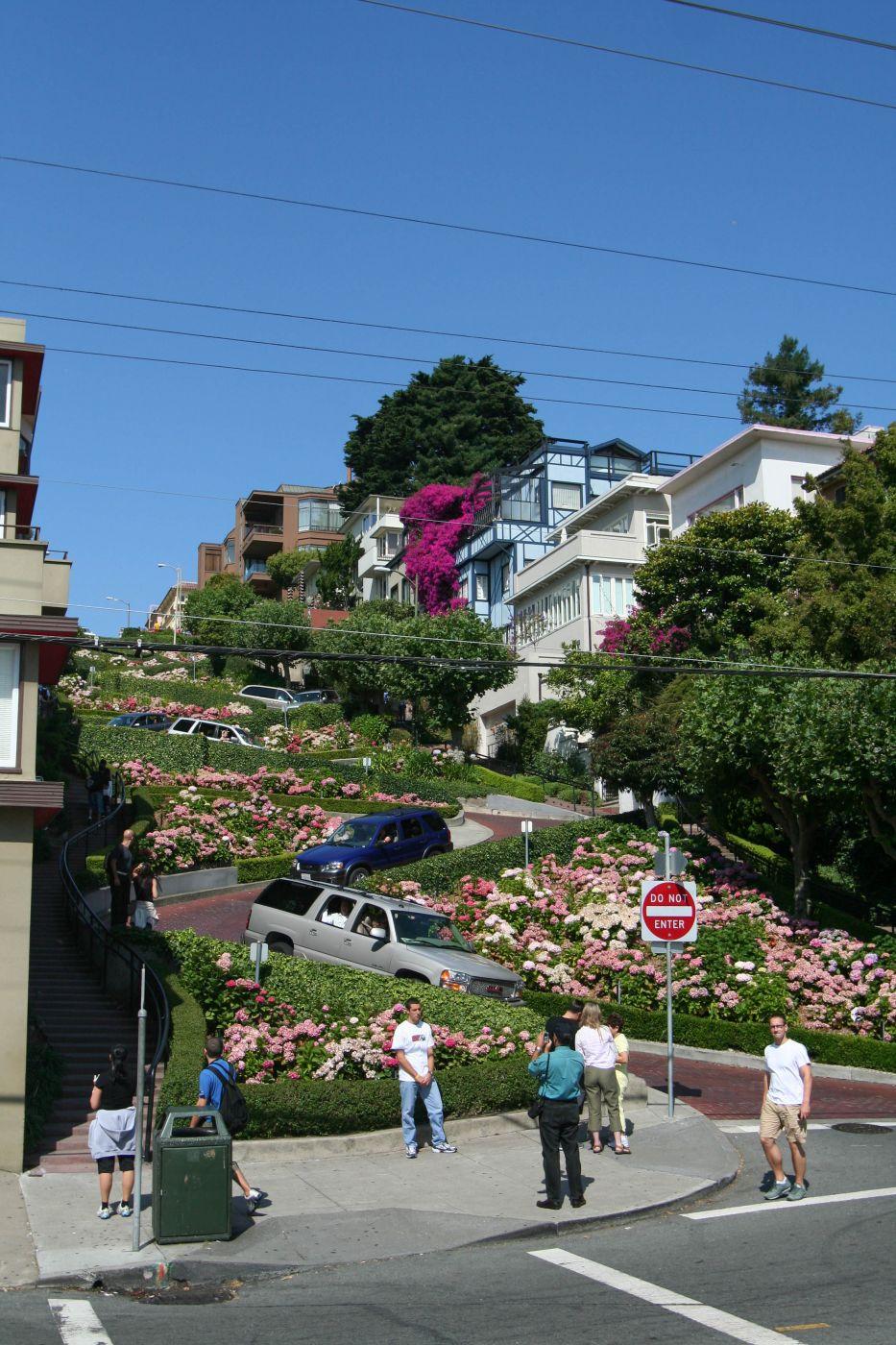 Lombard Street, USA