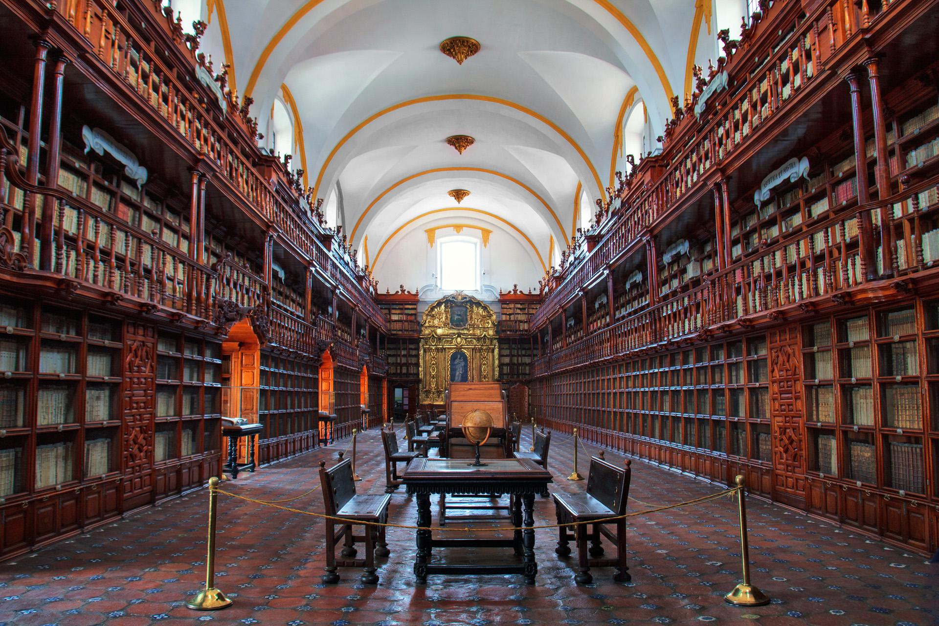 Biblioteca Palafoxiana, Mexico