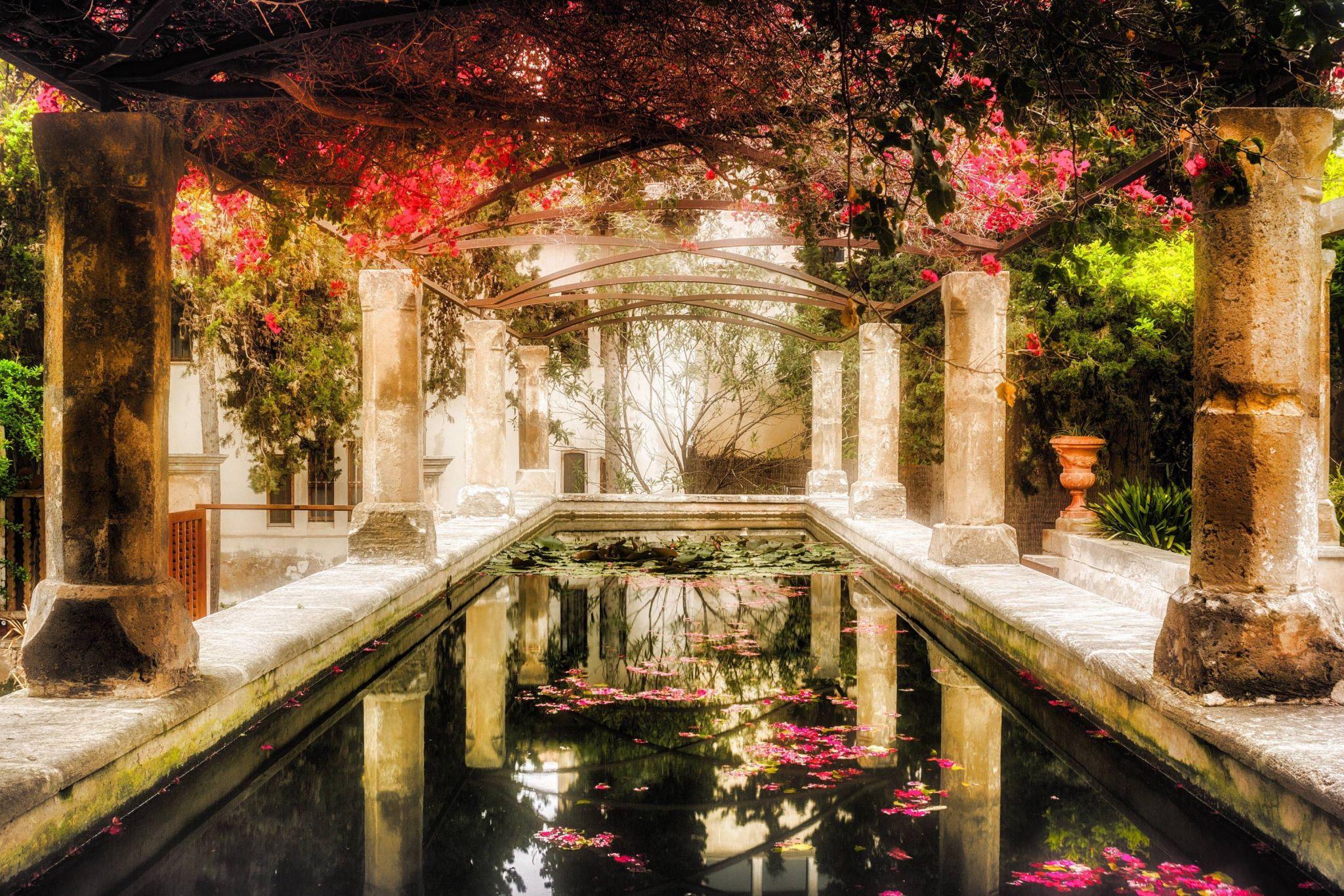 Bishop Park, Spain