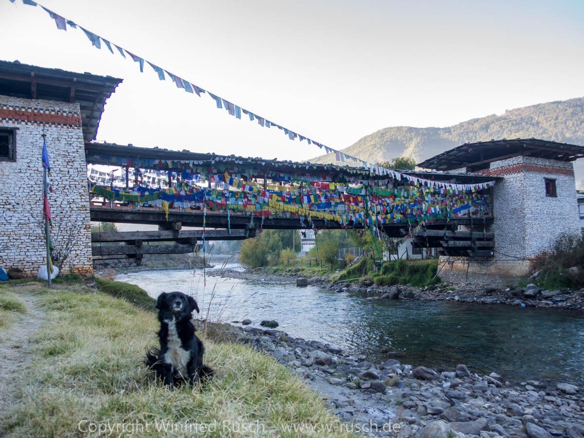 Kuendeyling Baazam Brücke, Bhutan