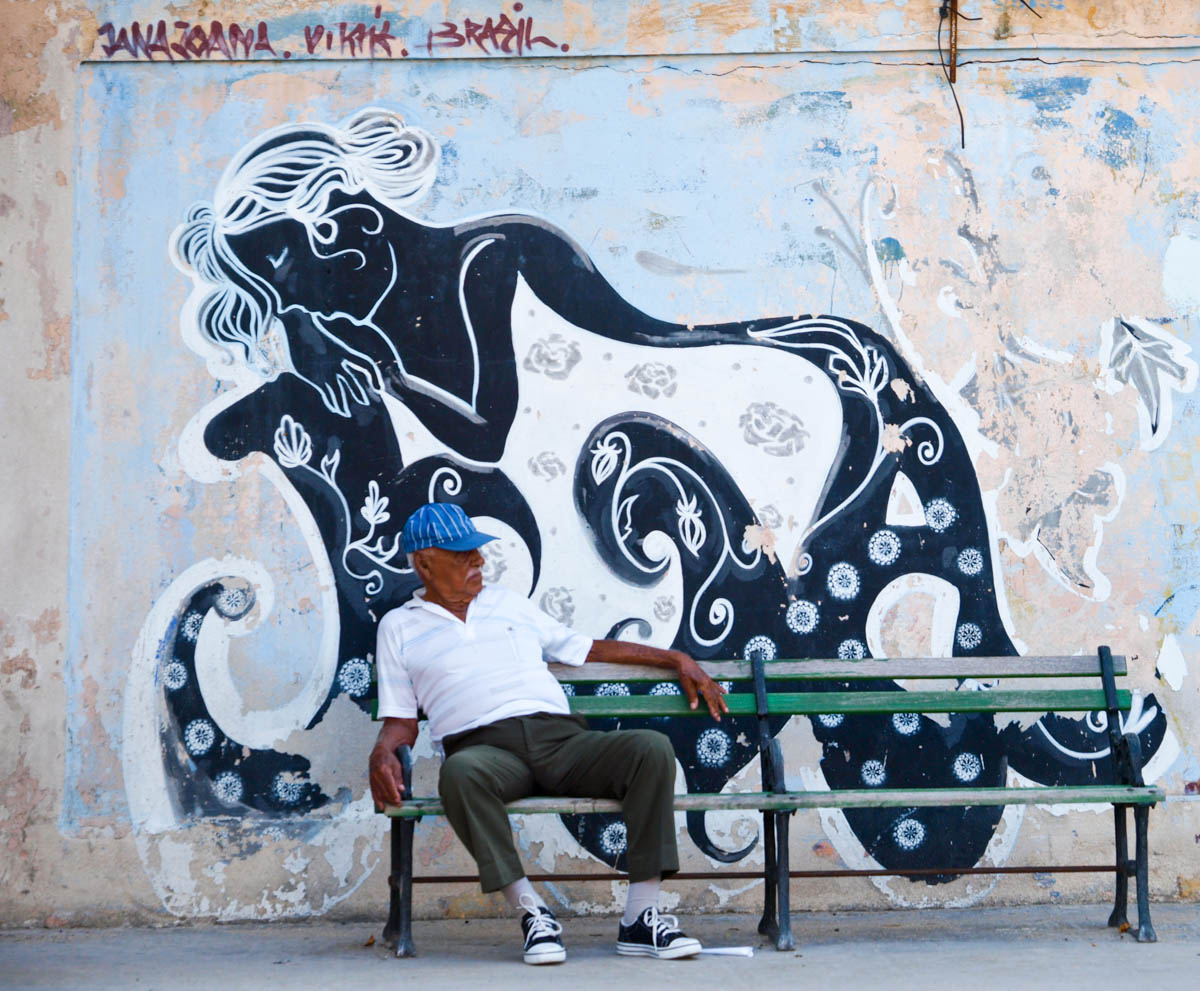 Image result for graffiti in cuba""