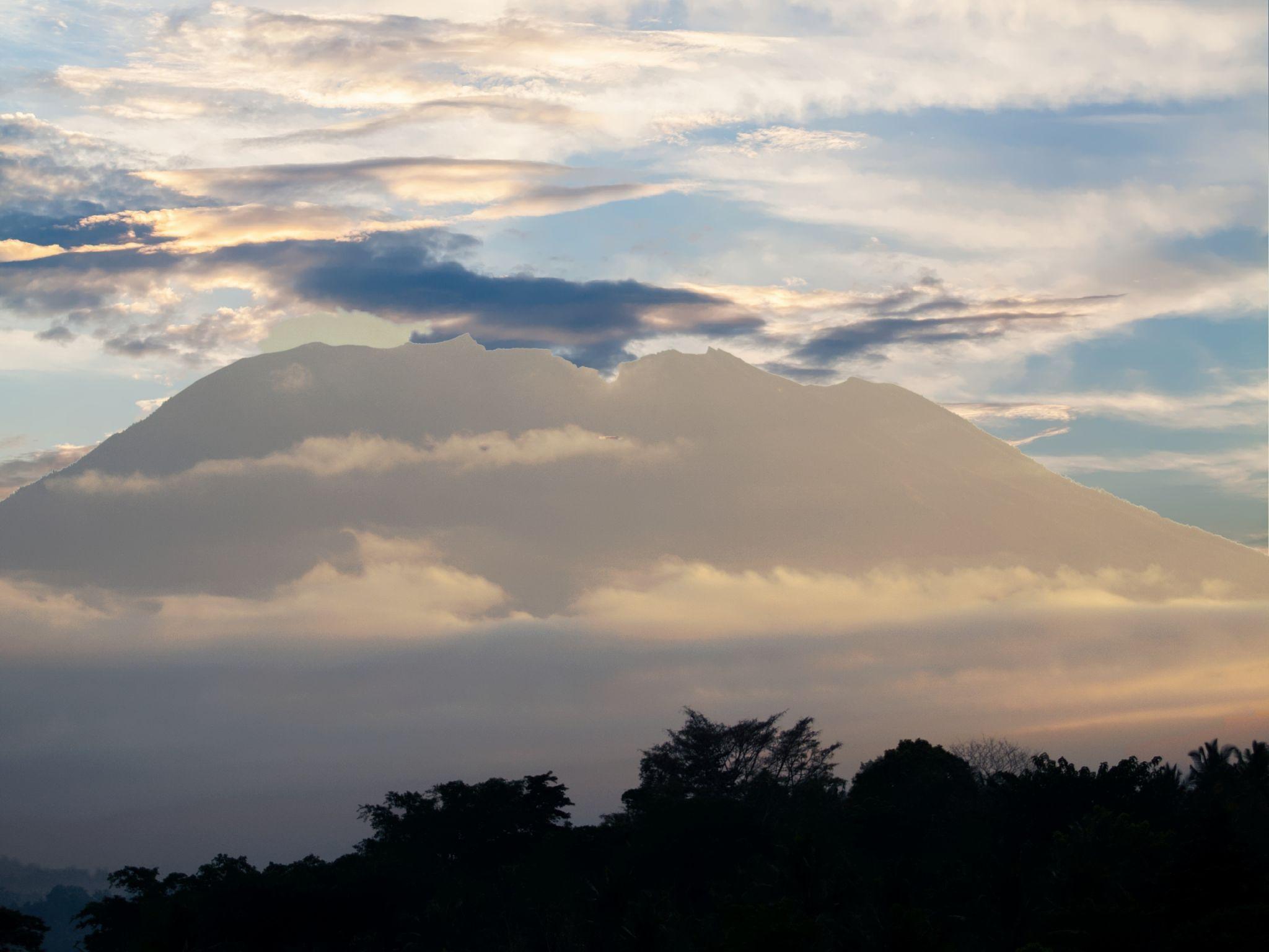 Gunung Agung, Indonesia