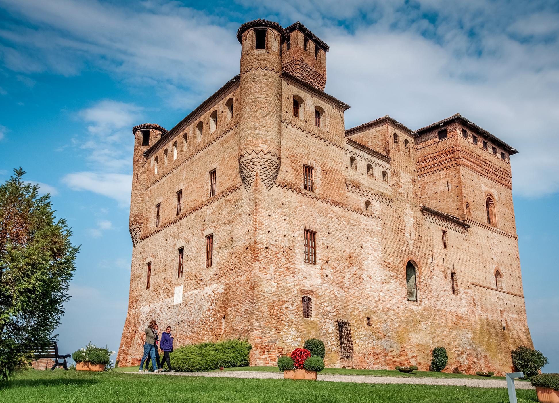Castello di Grinzane Cavour, Italy