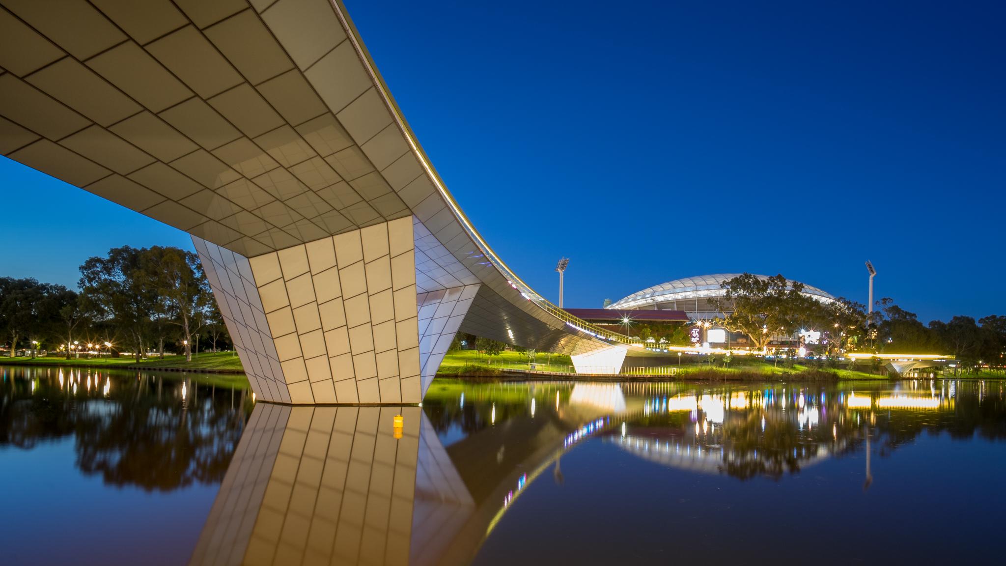 Adelaide Oval, River Torrens and footbridge, Australia