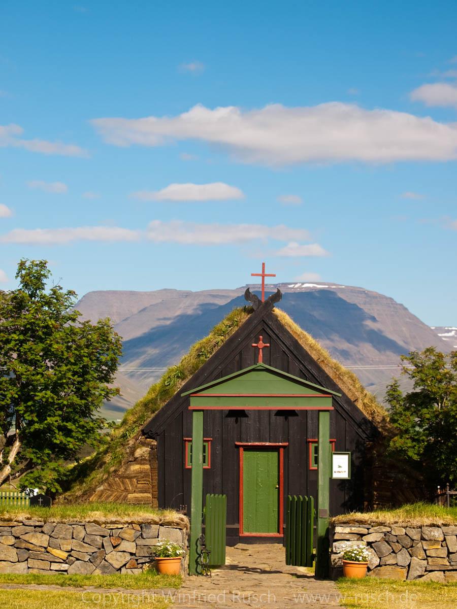 kleine Torfkirche auf Island, Iceland
