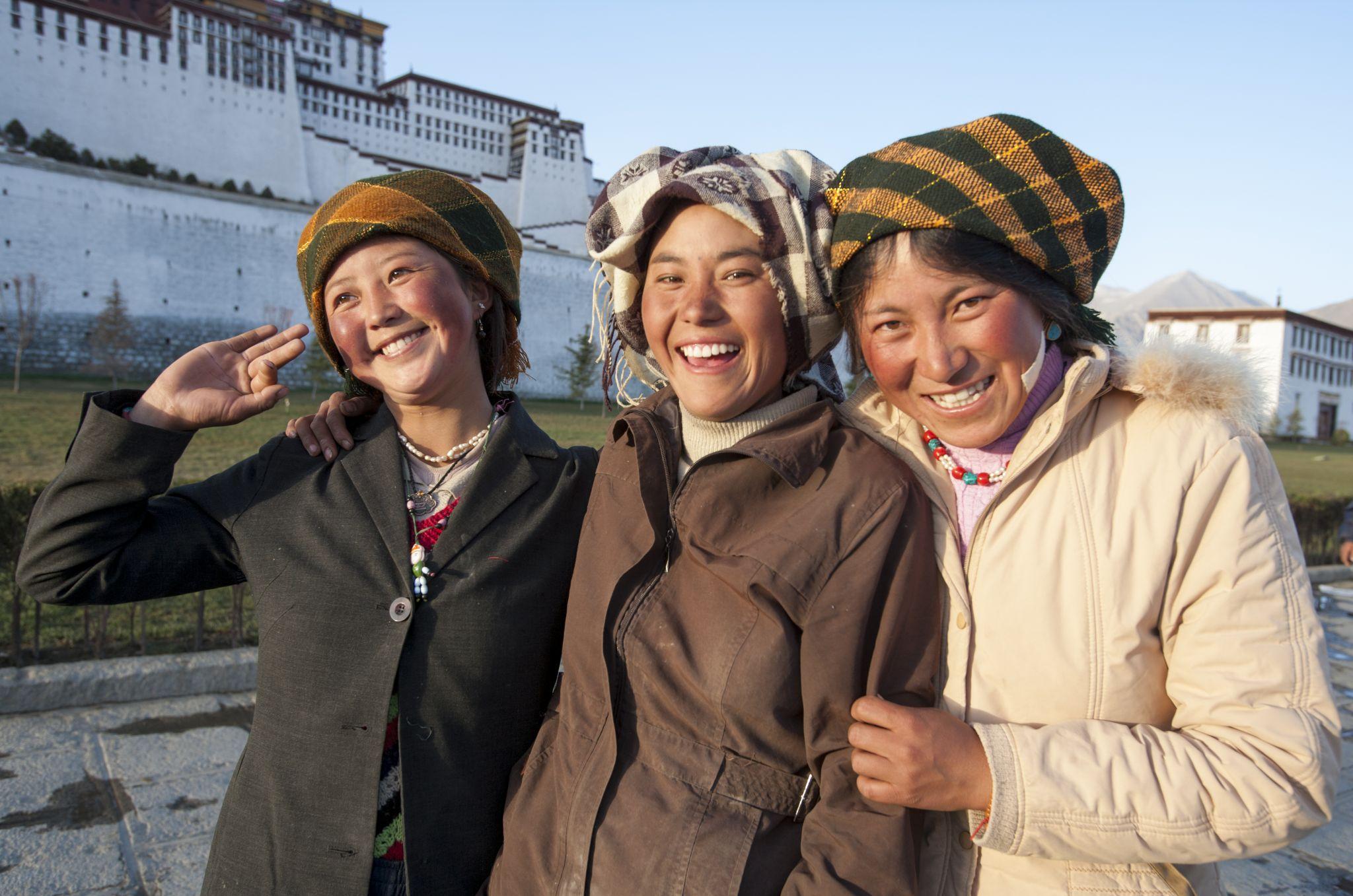 Three friends, China