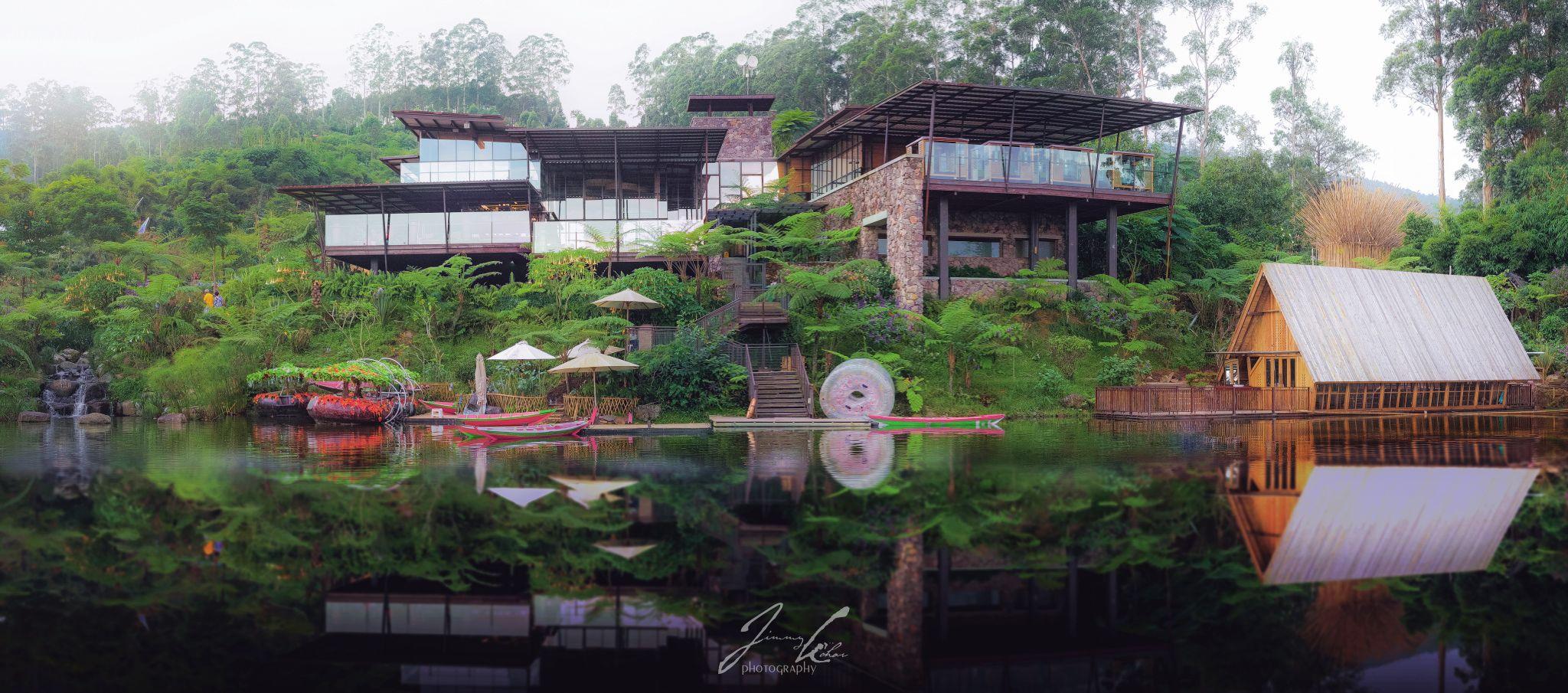 Dusun Bambu, Indonesia