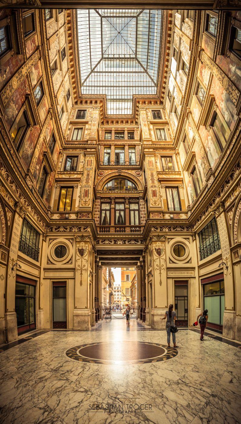 Palazzo Galleria Sciarra, Italy