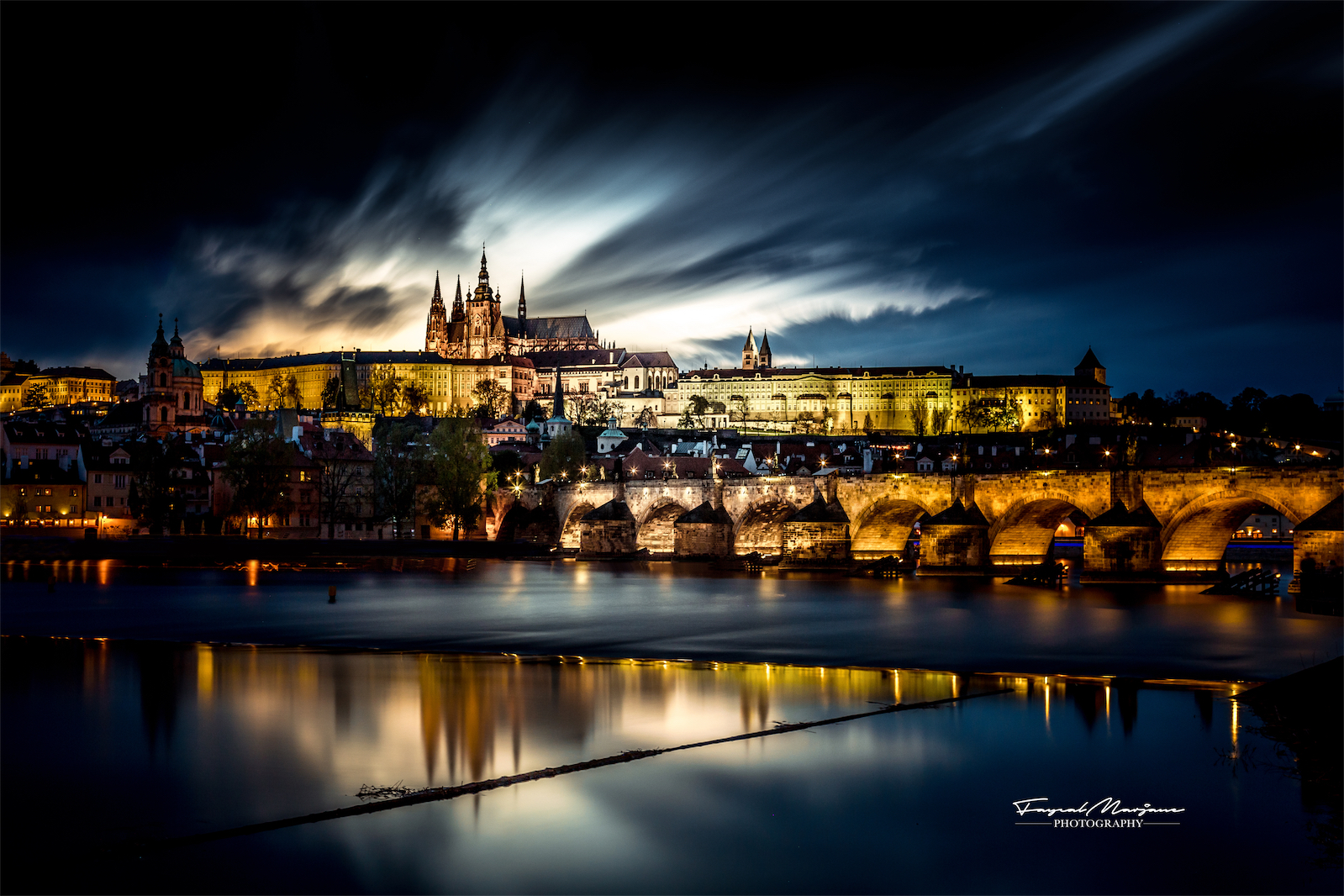 Charles Bridge and the Palace, Czech Republic