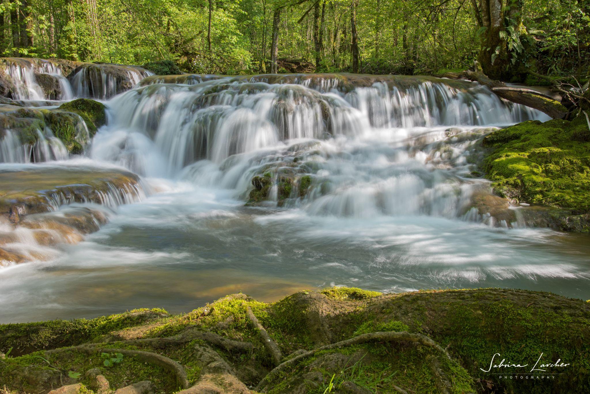 Creek above the Cascade des tufs, France