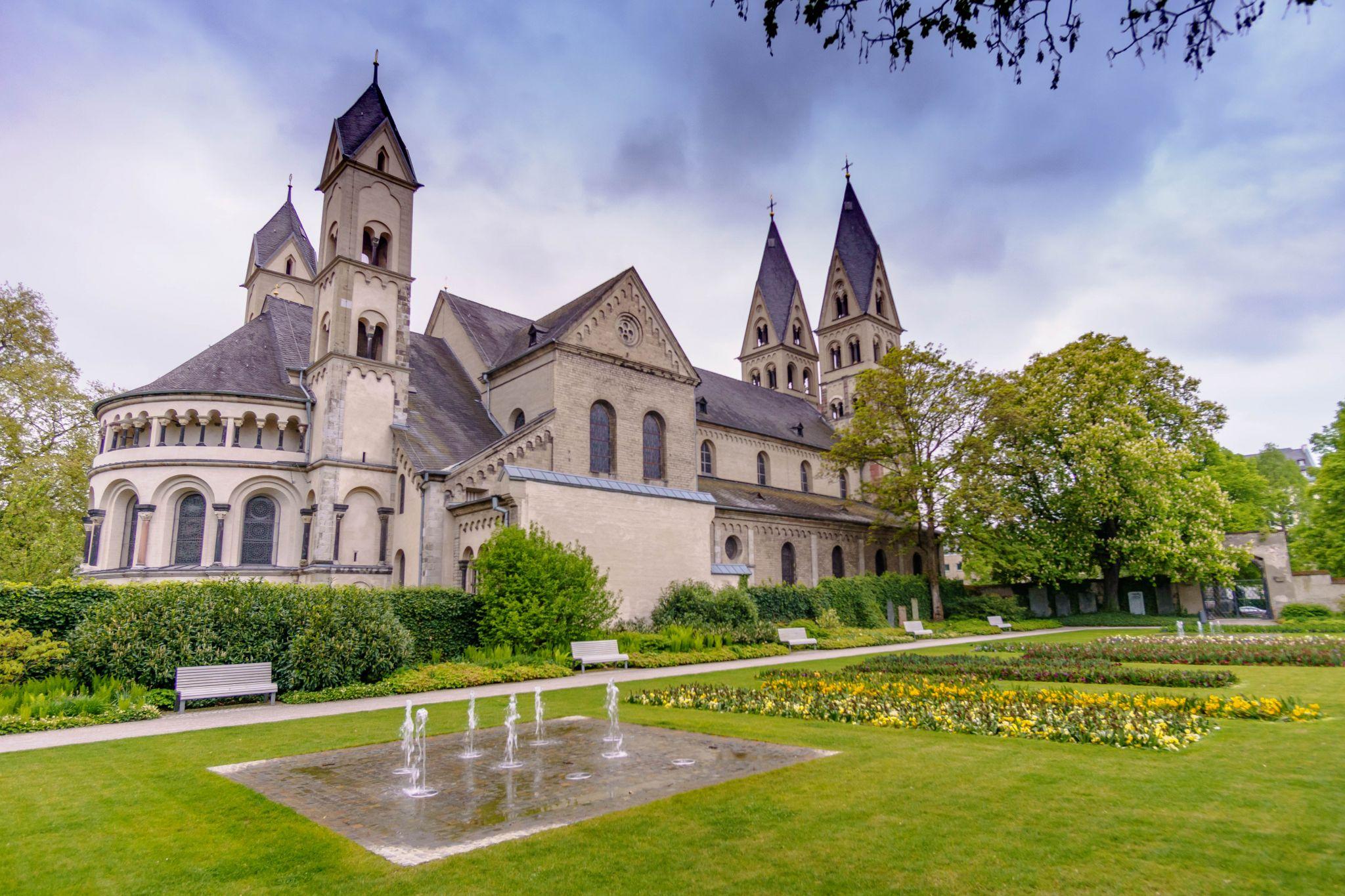 Basilika Sankt Kastor, Germany
