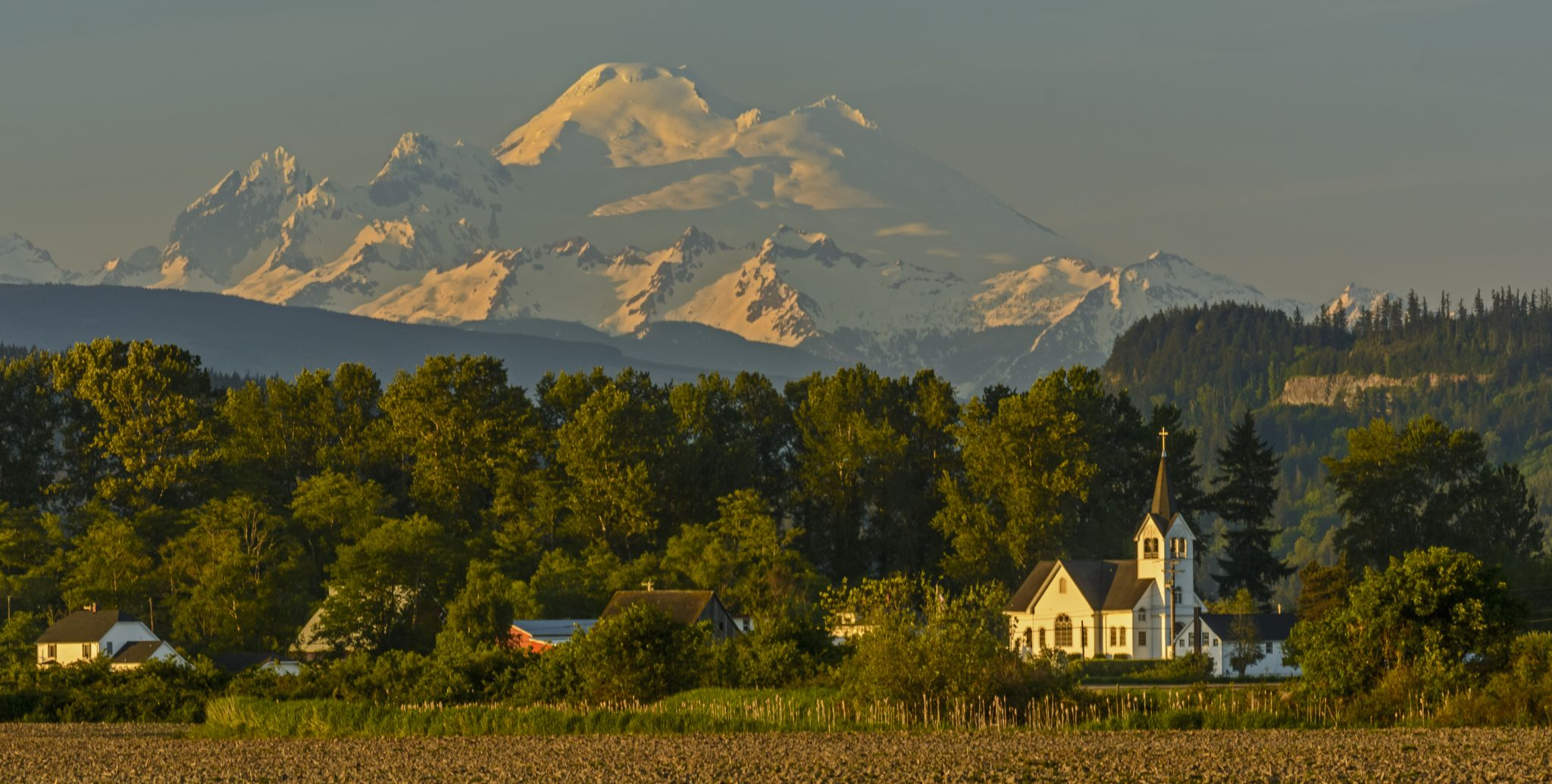 Conway Lutheran Church and Mount Baker, USA