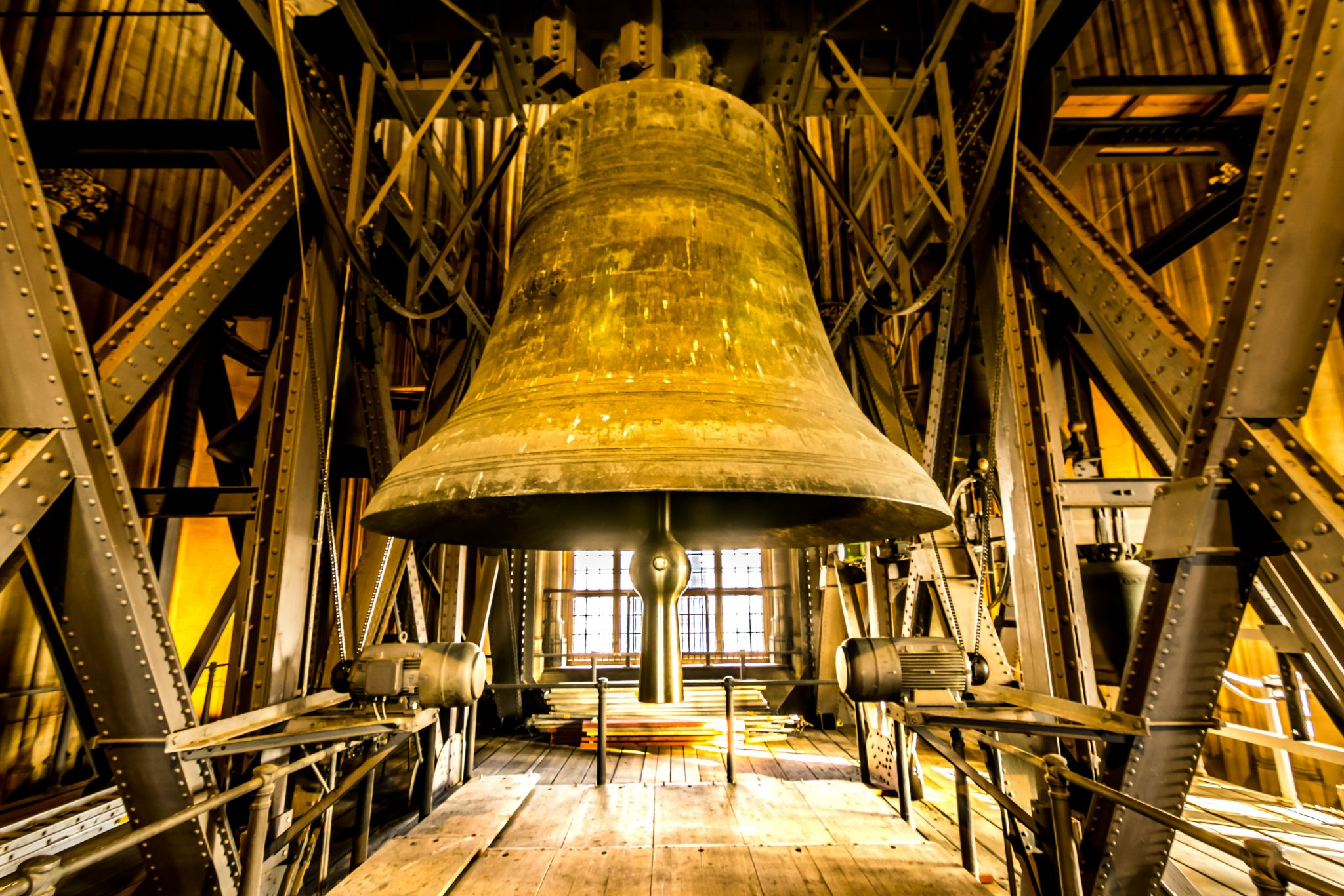 """Saint Peter's Bell - """"Dicker Pitter"""" in Cologne, Germany"""