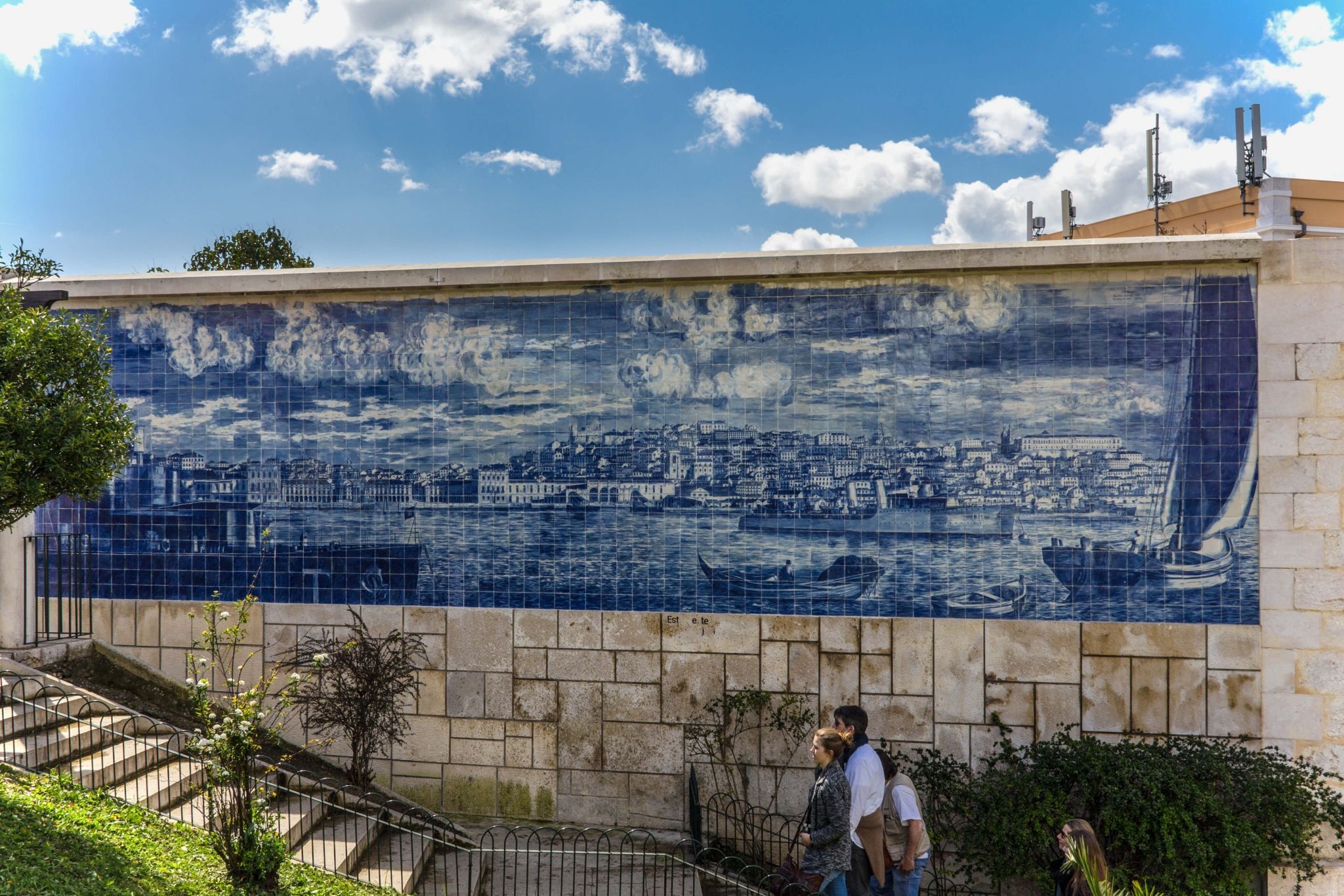 Miradouro Sta. Luzia, Lisbon, Portugal