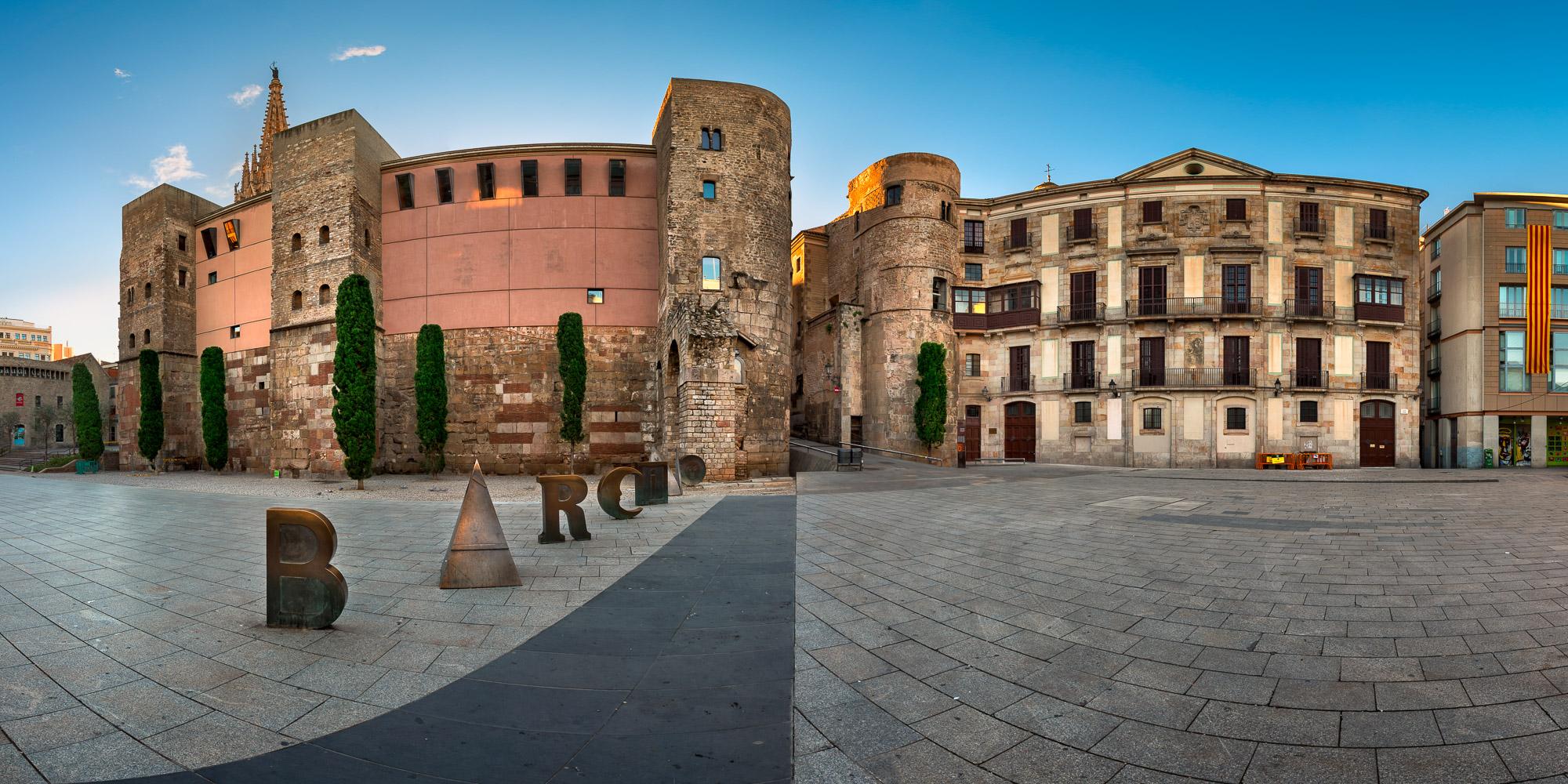 Ancient Roman Gate and Placa Nova , Barcelona, Spain, Spain