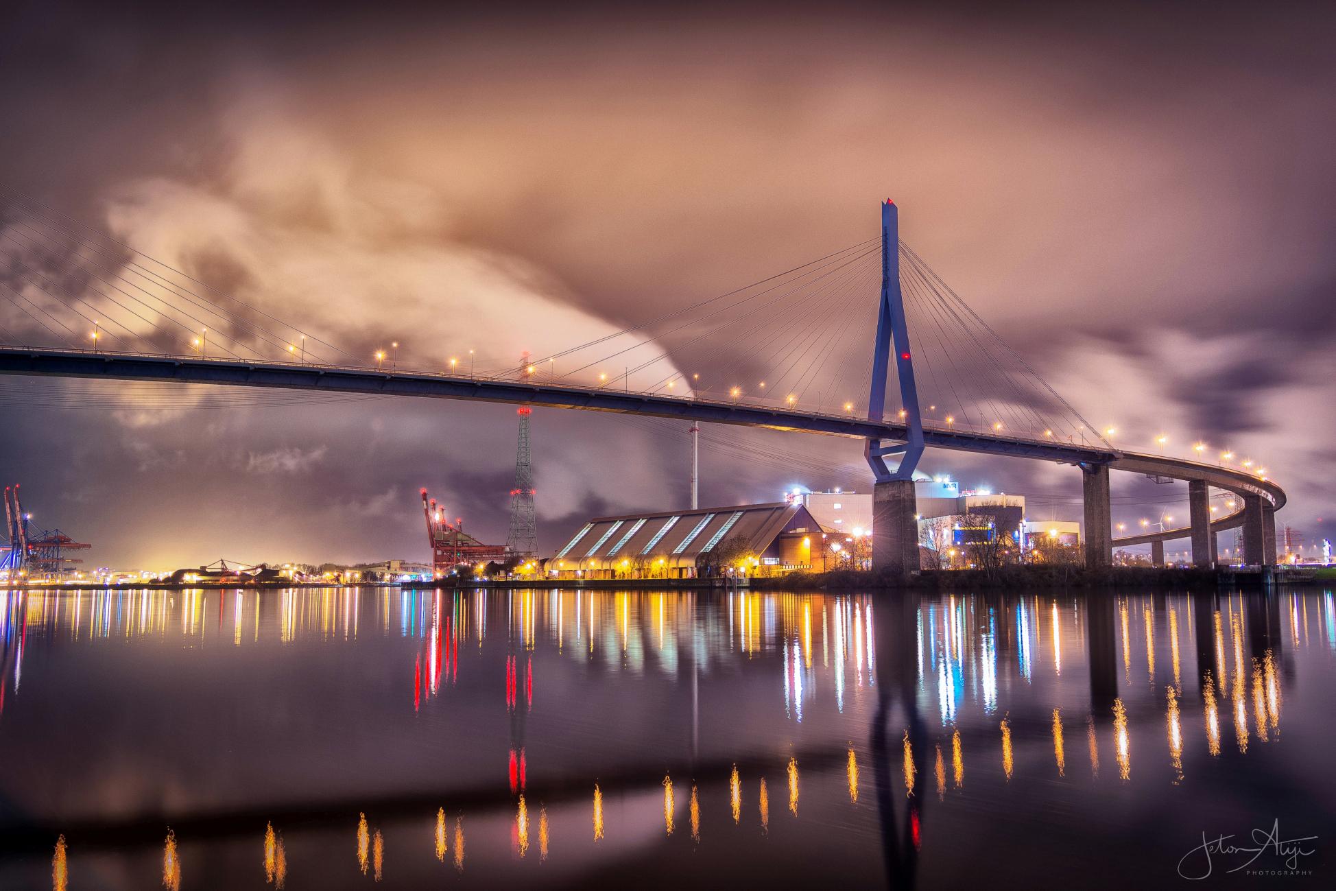 Kohlbrandbrücke, Hamburg, Germany