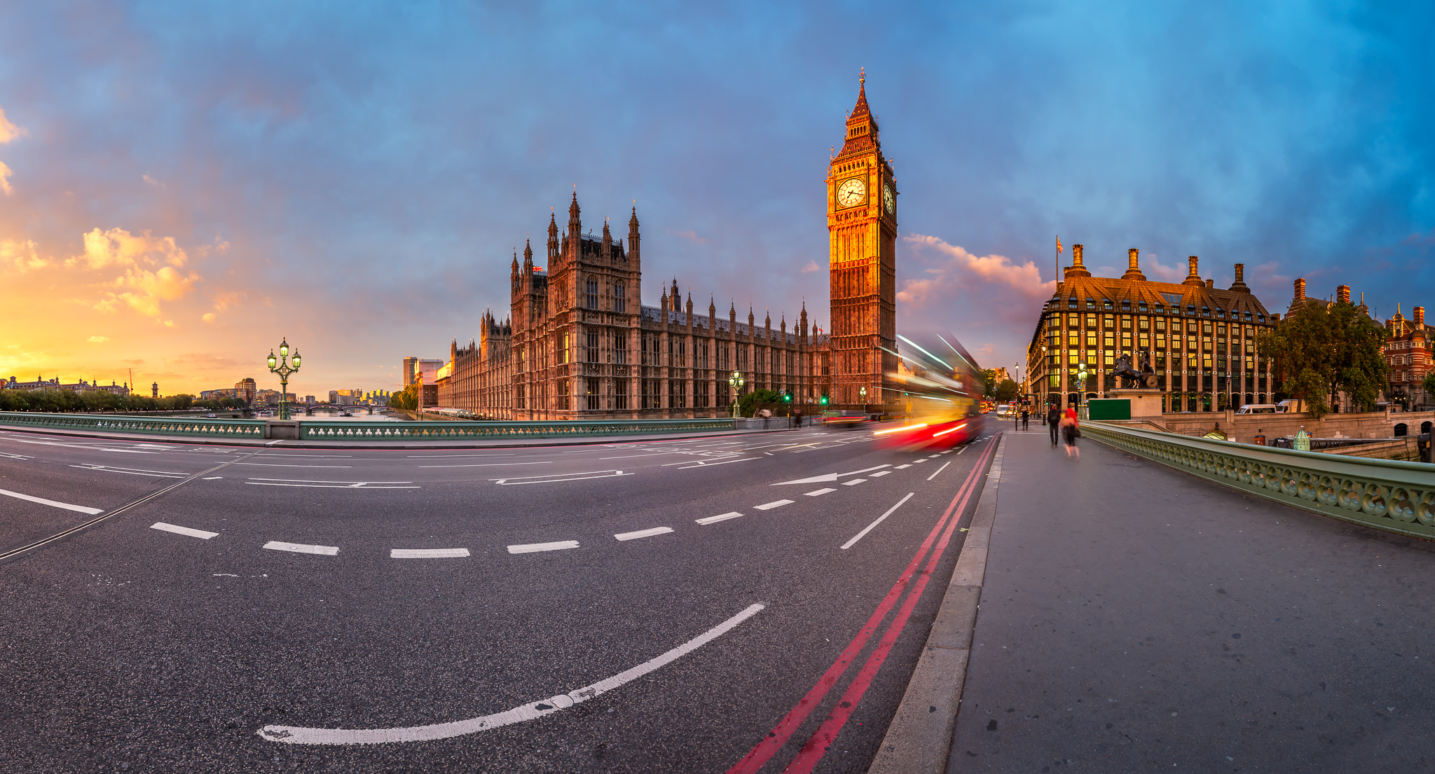 Queen Elizabeth Clock Tower and Westminster Palace, United Kingdom
