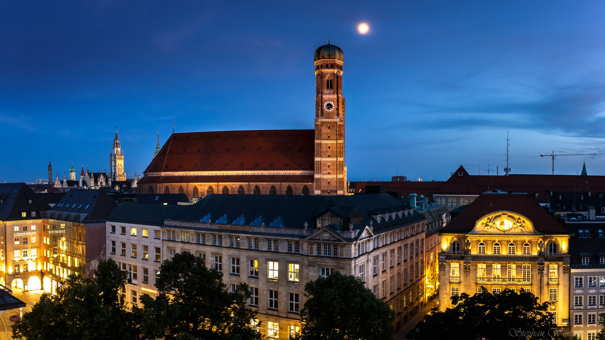 Frauenkirche (@ the rooftop Hotel Bayerischer Hof), Germany