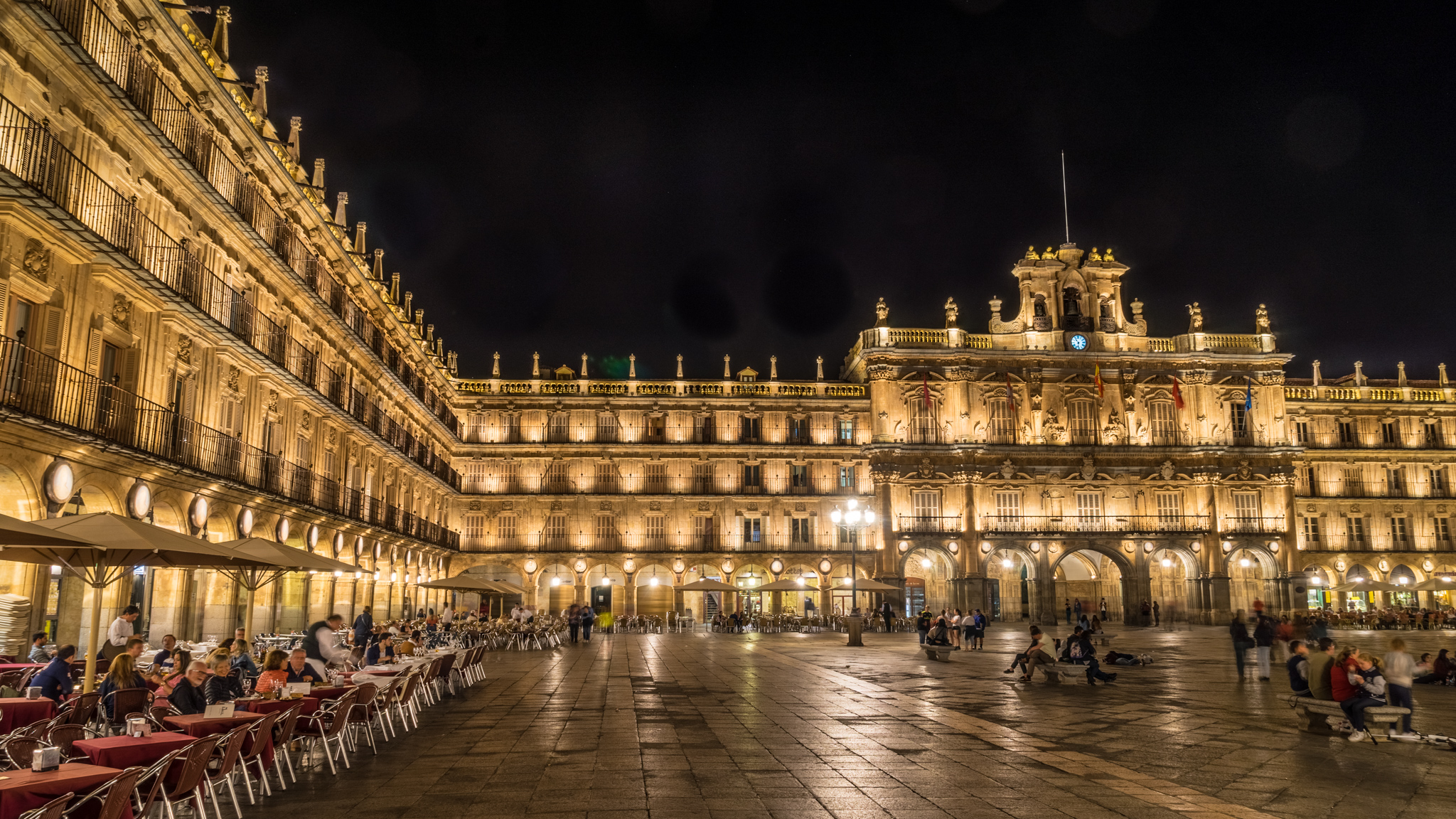Plaza Mayor, Salamanca at night., Spain