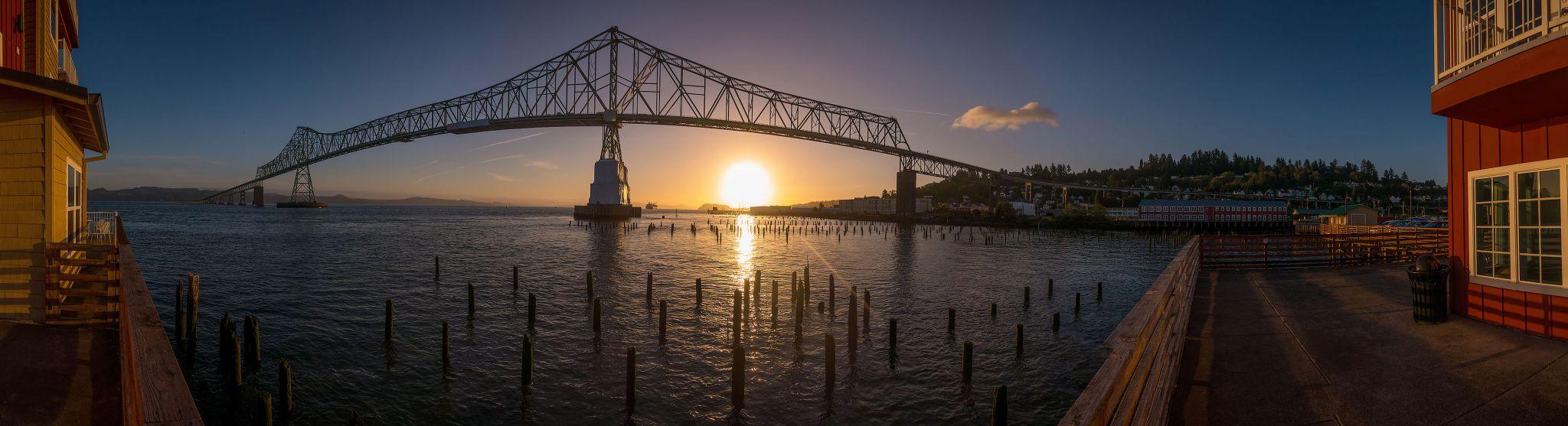 Astoria Bridge over Columbia River, Oregon USA, USA