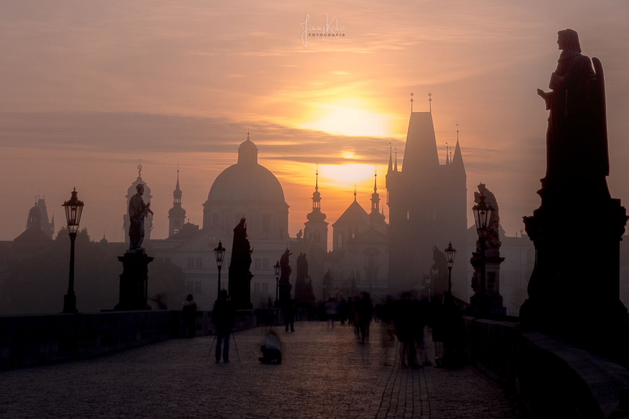 Morning Glory at Charles Bridge. Oldtown Prague, Czech Republic