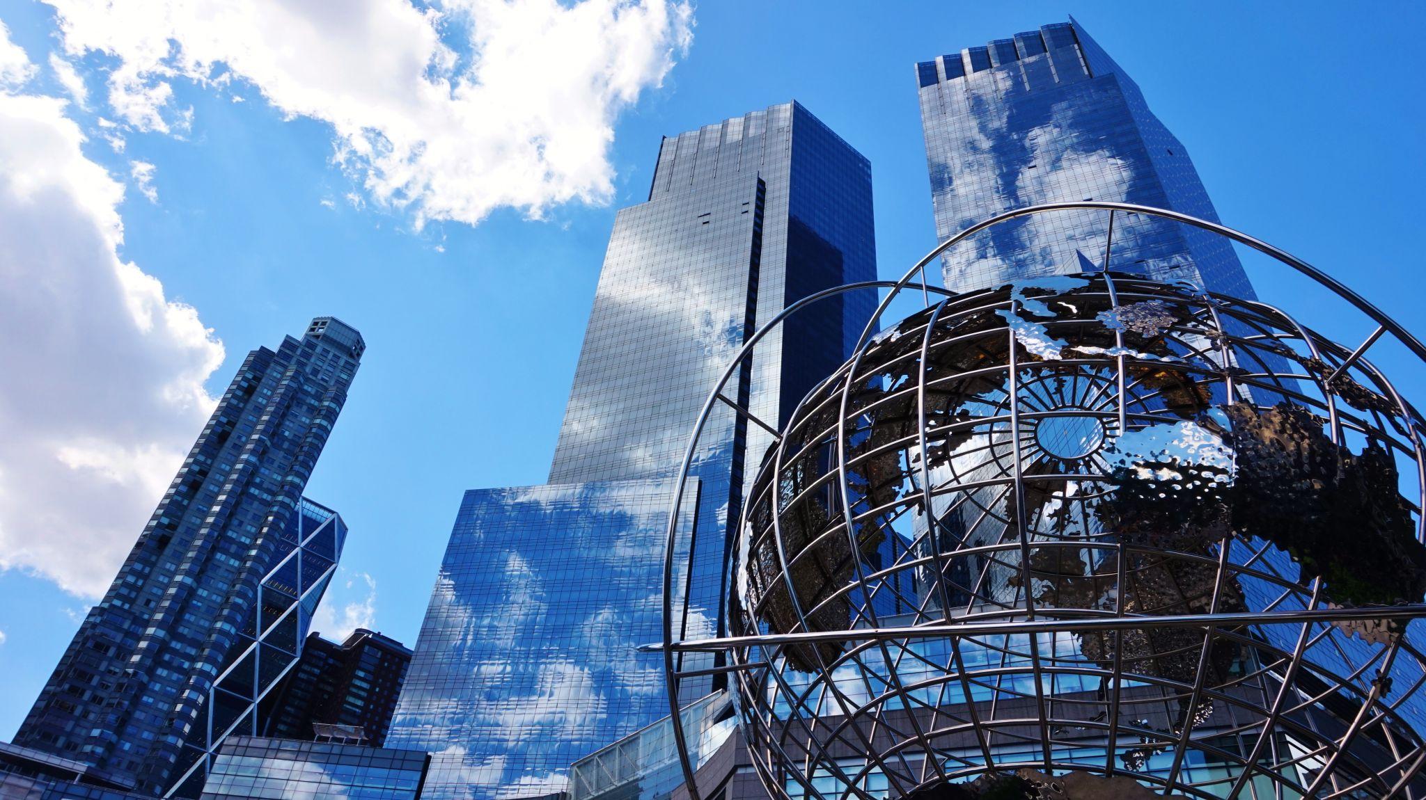 Time Warner Center & Globe, USA