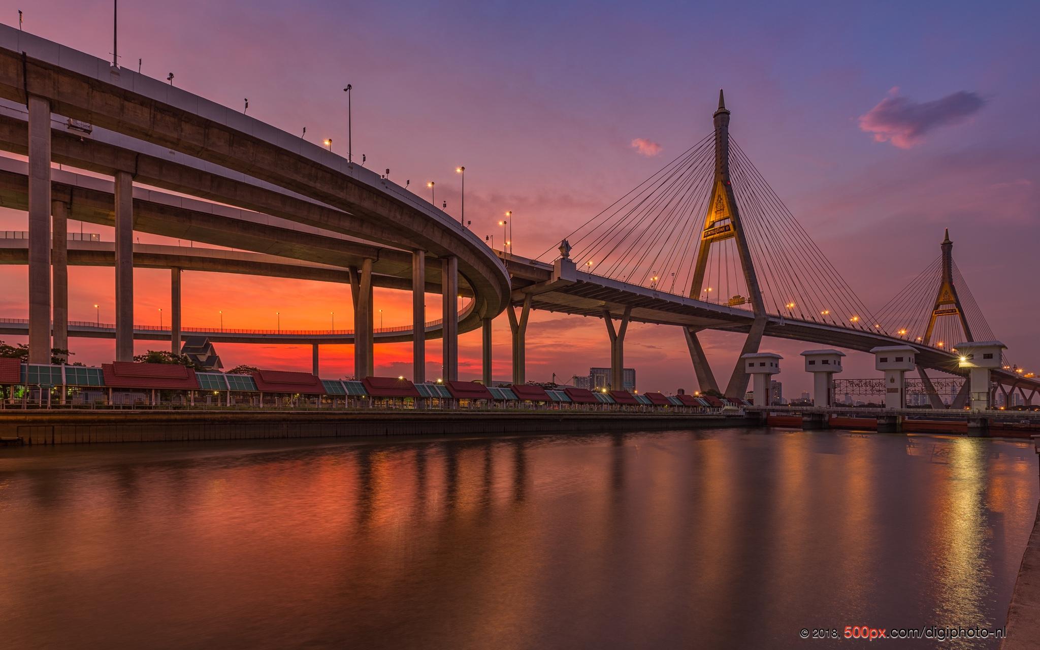 Bhumibol Bridge, Thailand