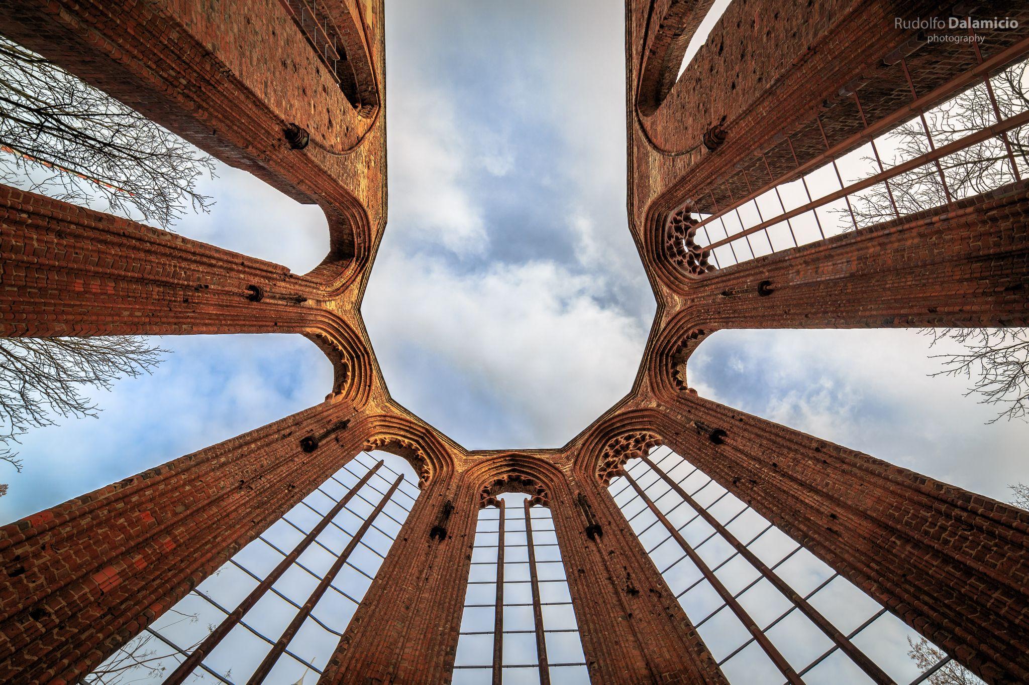 Ruine der Franziskaner-Klosterkirche, Germany