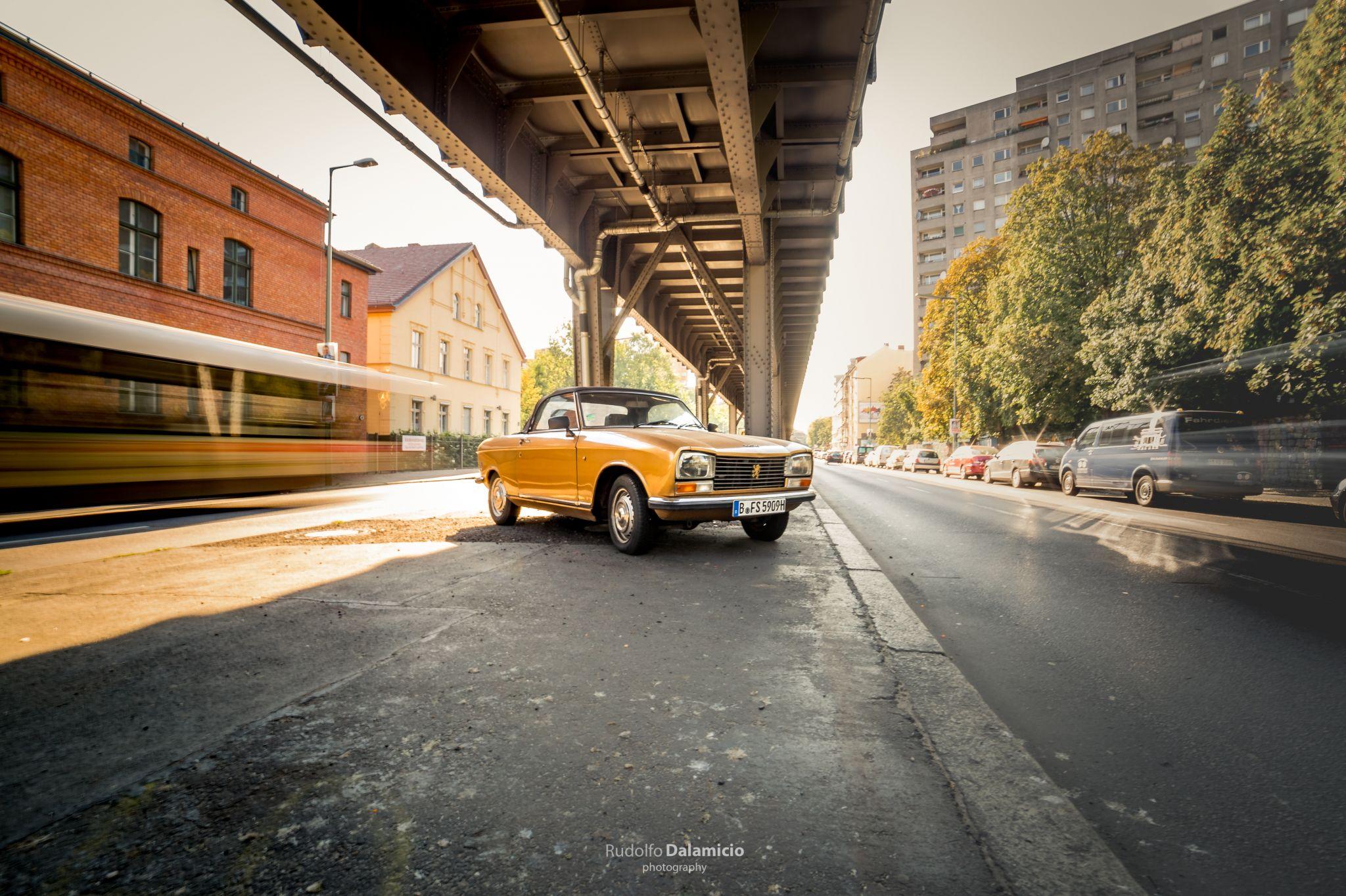 Unter die Brücke, Germany