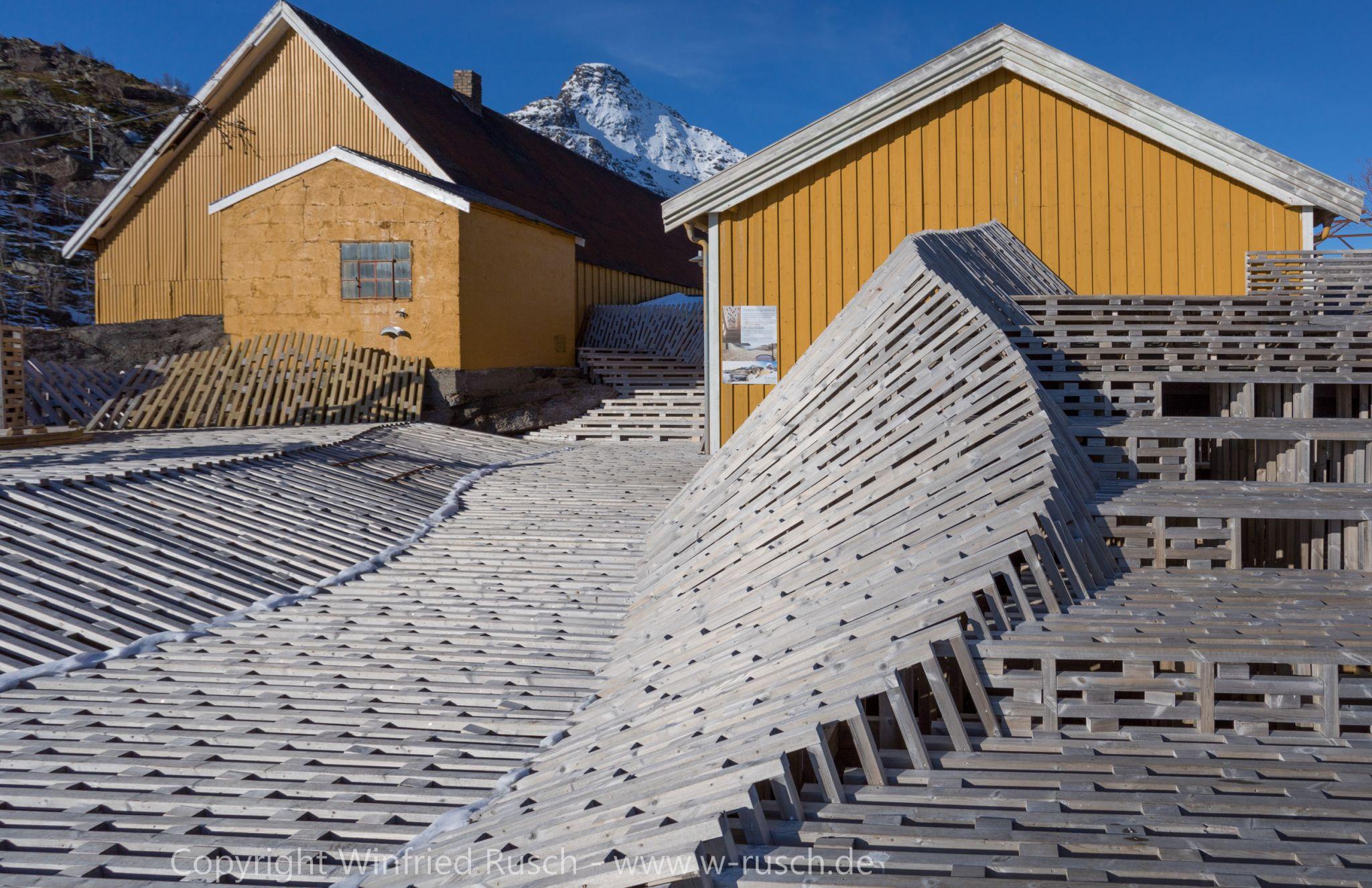 Badeplattform in Nusfjord, Norway